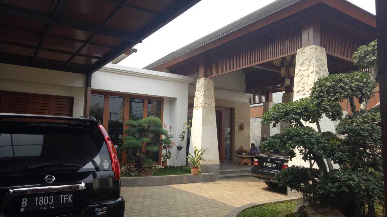 Emporio Architect Progress Konstruksi Rumah Villa Bali Tropis 239 @ Jakarta Jakarta, Daerah Khusus Ibukota Jakarta, Indonesia Jakarta, Daerah Khusus Ibukota Jakarta, Indonesia Emporio-Architect-Progress-Konstruksi-Rumah-Villa-Bali-Tropis-239-Jakarta  76888