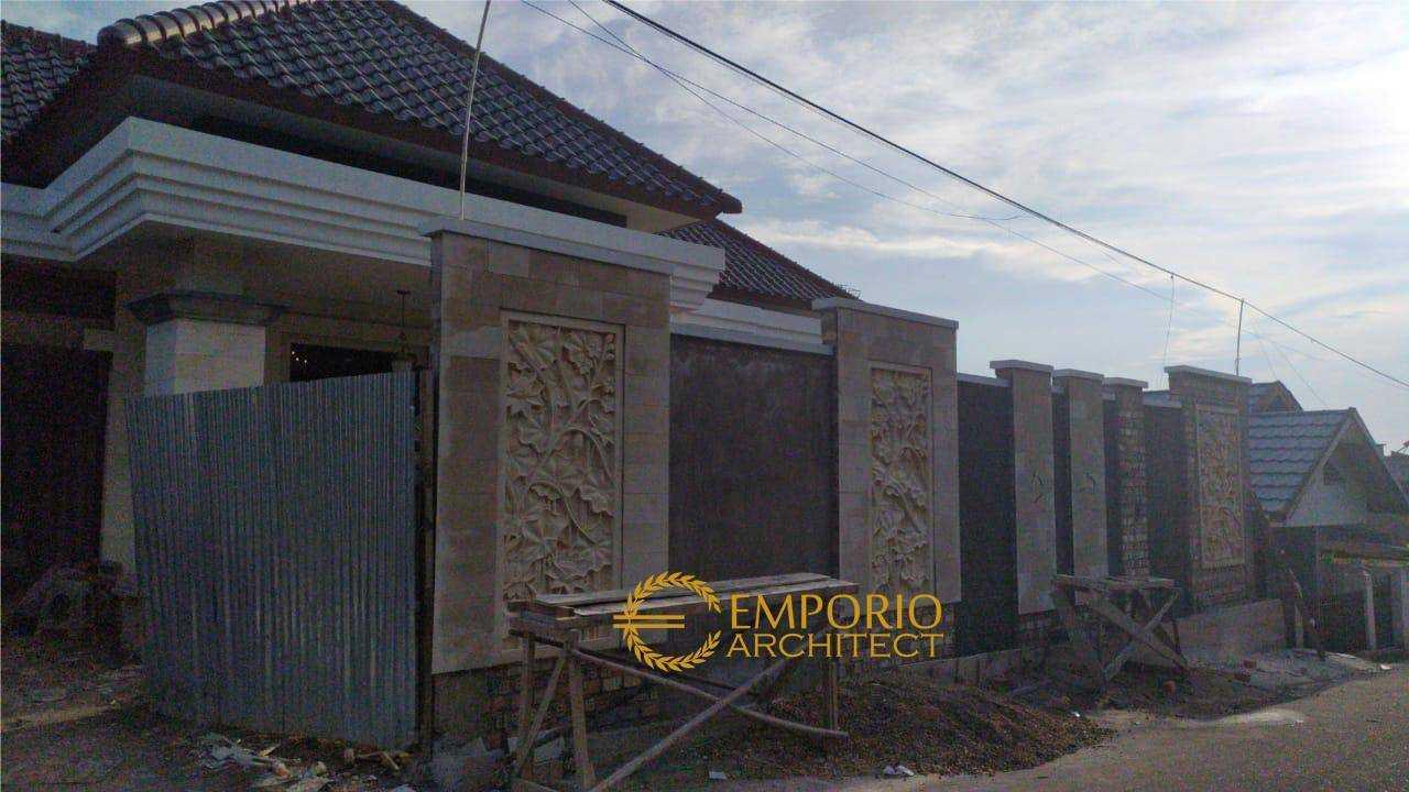 Emporio Architect Jasa Arsitek Jambi Progress Pembangunan Rumah Villa Bali Tropis 530 @ Jambi Jambi, Kota Jambi, Jambi, Indonesia Jambi, Kota Jambi, Jambi, Indonesia Emporio-Architect-Jasa-Arsitek-Jambi-Progress-Pembangunan-Rumah-Villa-Bali-Tropis-530-Jambi  89162