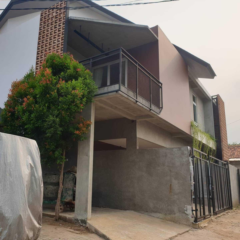 Yasa+ W-House Kec. Ciledug, Kota Tangerang, Banten, Indonesia Kec. Ciledug, Kota Tangerang, Banten, Indonesia Yasa-W-House  100469