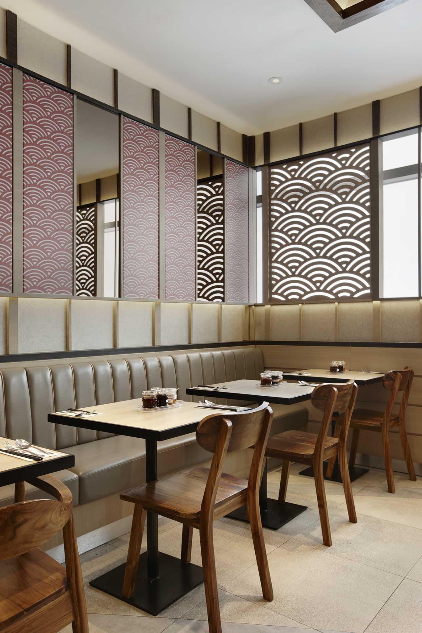 Highstreet Osaka Ohsho Jalan M.h. Thamrin No.1, Menteng, Kebon Melati, Kb. Melati, Tanah Abang, Kota Jakarta Pusat, Daerah Khusus Ibukota Jakarta 10310, Indonesia  Seating Area Restaurant  54118