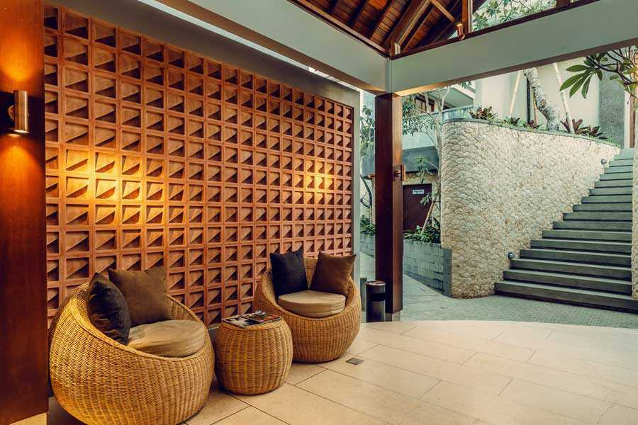 Studio Jaj Jasa Arsitek Bali, Villa Kampi Kuta Selatan, South Kuta, Badung Regency, Bali, Indonesia Kuta Selatan, South Kuta, Badung Regency, Bali, Indonesia Lobby Villa Kampi  87506