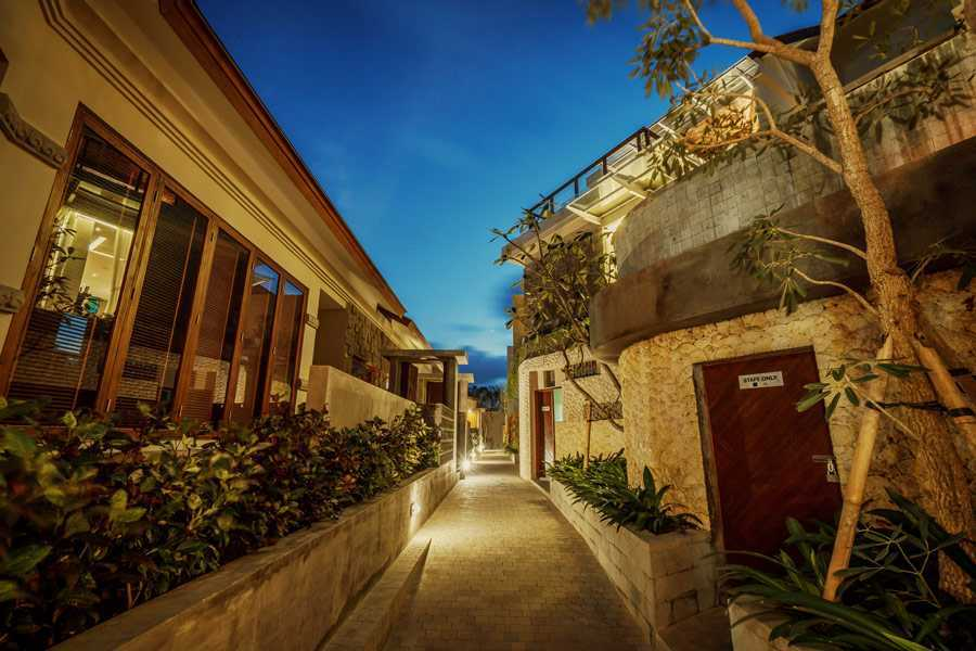 Studio Jaj Jasa Arsitek Bali, Villa Kampi Kuta Selatan, South Kuta, Badung Regency, Bali, Indonesia Kuta Selatan, South Kuta, Badung Regency, Bali, Indonesia Kamar Tidur Villa Kampi  87508