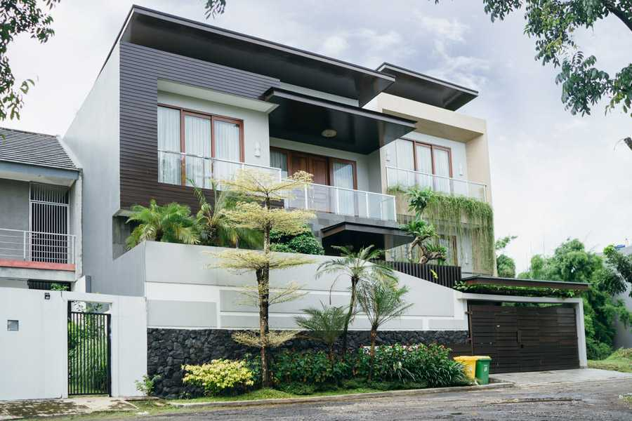 Studio Jaj Jasa Arsitek Bali Rumah 2,5 Lantai Style Bali Modern Kabupaten Badung, Bali, Indonesia Kabupaten Badung, Bali, Indonesia Studio-Jaj-Rumah-25-Lantai-Style-Bali-Modern  87977