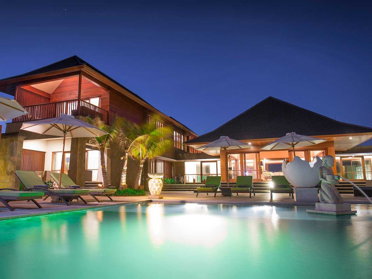 Agung Budi Raharsa | Architecture & Engineering Bayu Gita Villa - Bali Bali, Indonesia Bali, Indonesia Pool Area Contemporary 88344