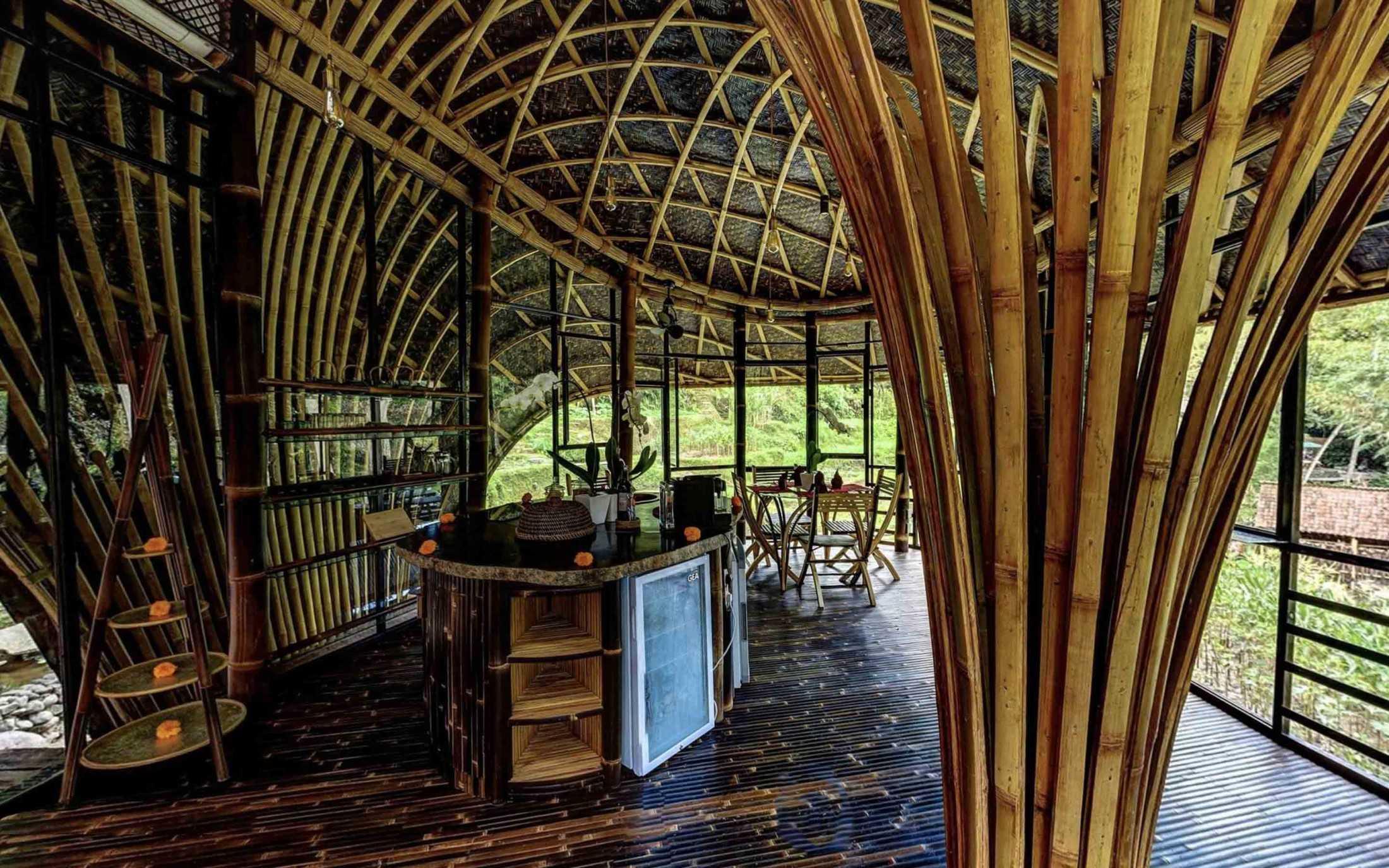 Agung Budi Raharsa | Architecture & Engineering Riverbend Bamboo House - Bali Bali, Indonesia Bali, Indonesia Agung-Budi-Raharsa-Riverbend-House-Bali  88712