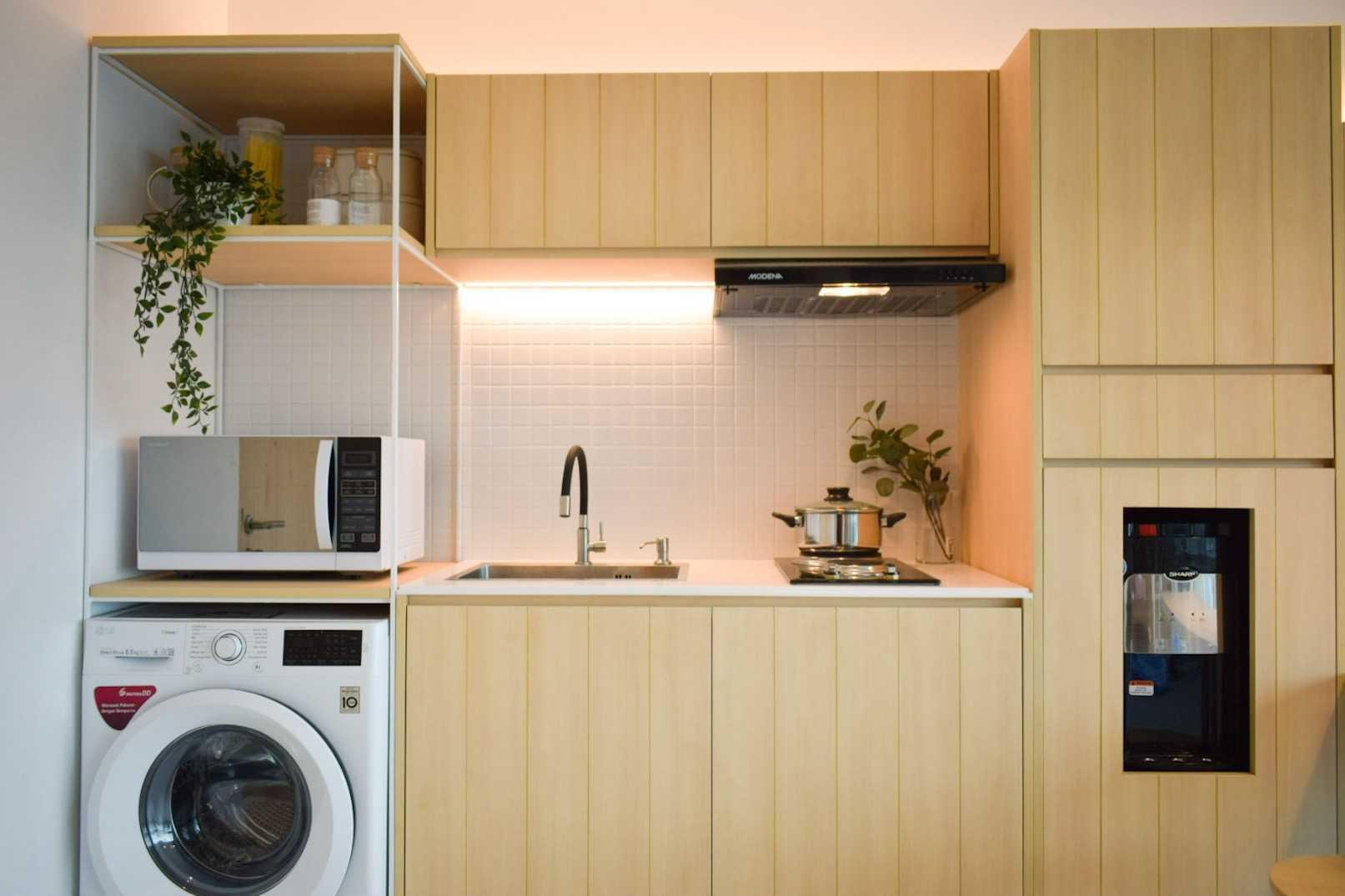 Foto inspirasi ide desain laundry Lacasa-treepark-apartment-1-bedroom oleh La.casa di Arsitag