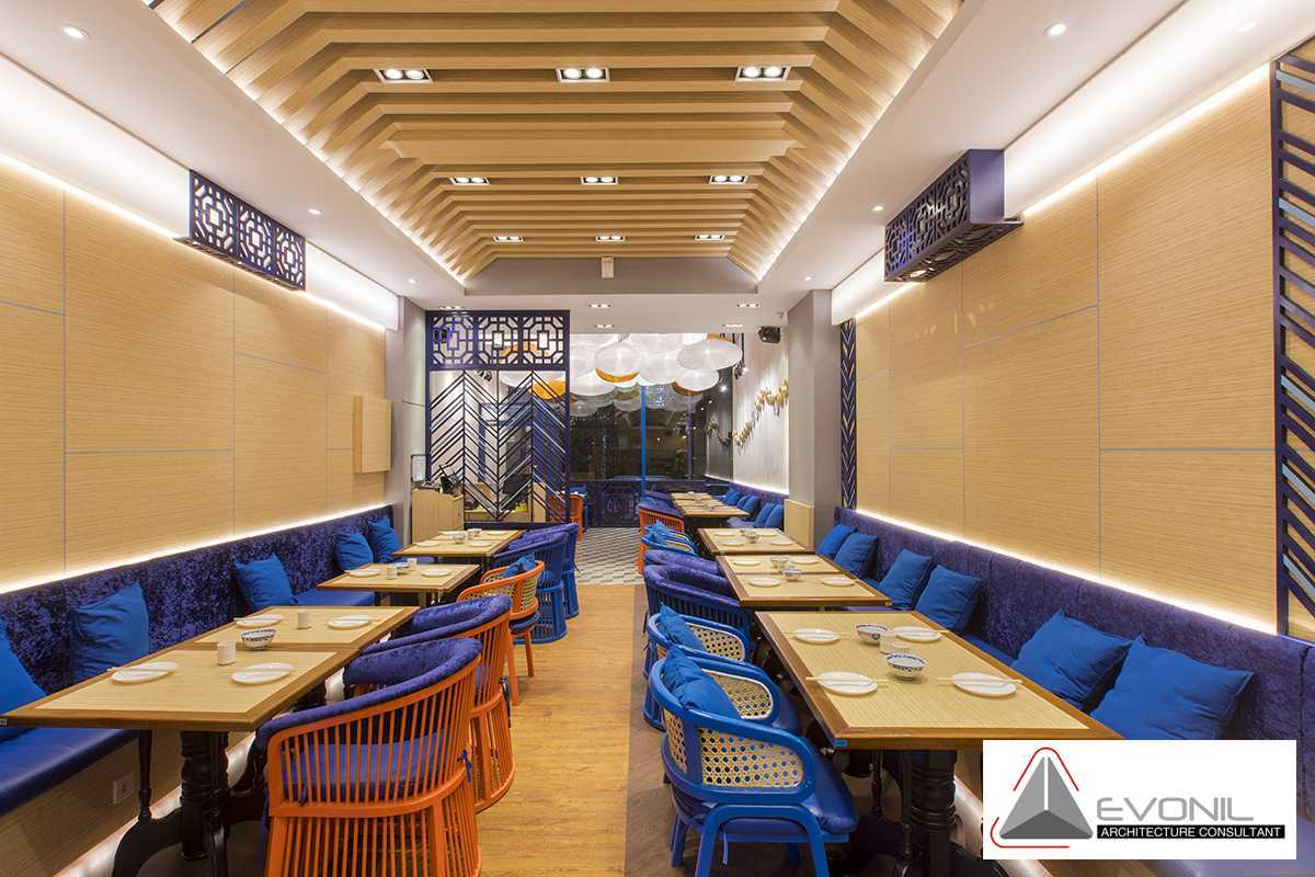 Foto inspirasi ide desain restoran asian Wan treasures restaurant by evonil architecture oleh Evonil Architecture di Arsitag