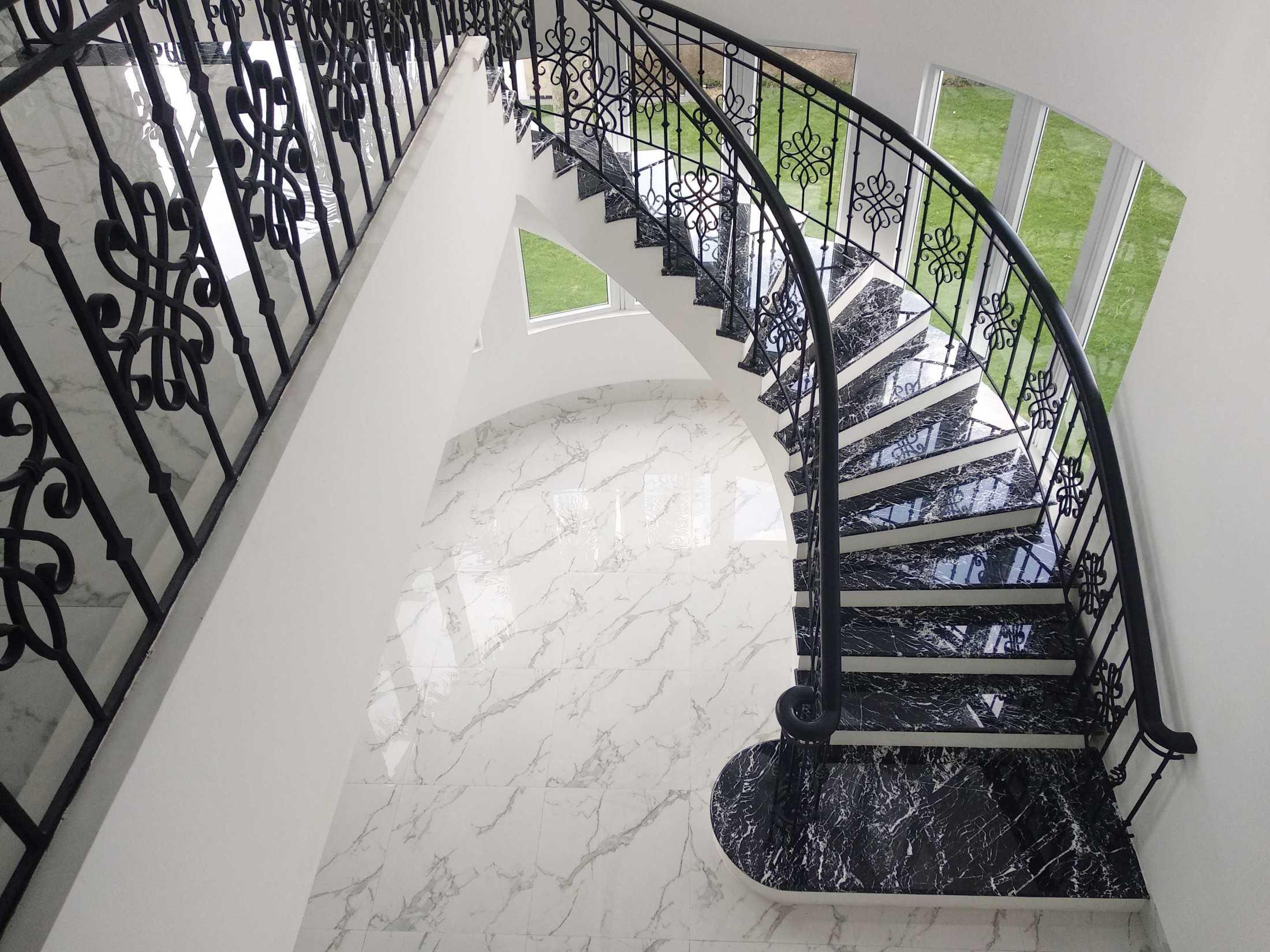 Arkitekt.id Setraduta Kencana Bandung Bandung Sk House - Stairs Classic 69583