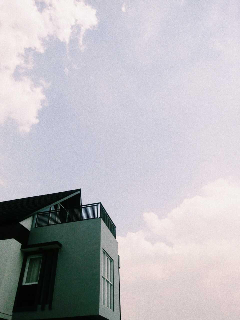 Qavah Architect Attic House Renovation Gegerkalong, Kec. Sukasari, Kota Bandung, Jawa Barat, Indonesia Gegerkalong, Kec. Sukasari, Kota Bandung, Jawa Barat, Indonesia Qavah-Architect-Attic-House-Renovation  90452