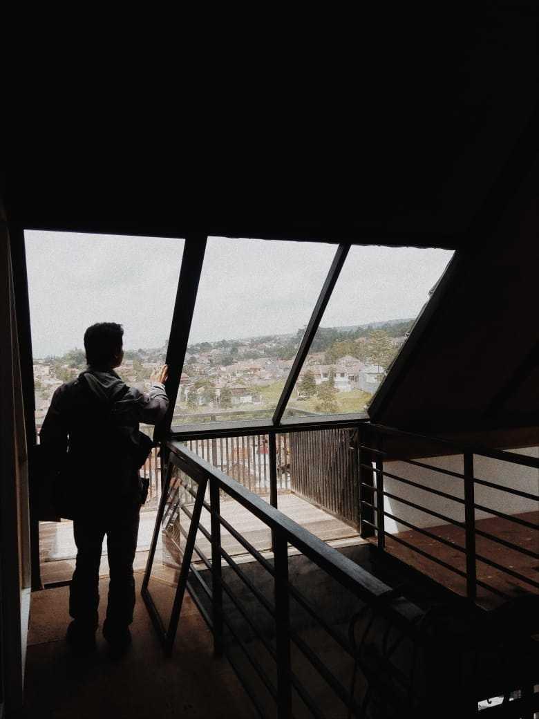 Qavah Architect Attic House Renovation Gegerkalong, Kec. Sukasari, Kota Bandung, Jawa Barat, Indonesia Gegerkalong, Kec. Sukasari, Kota Bandung, Jawa Barat, Indonesia Qavah-Architect-Attic-House-Renovation  90456