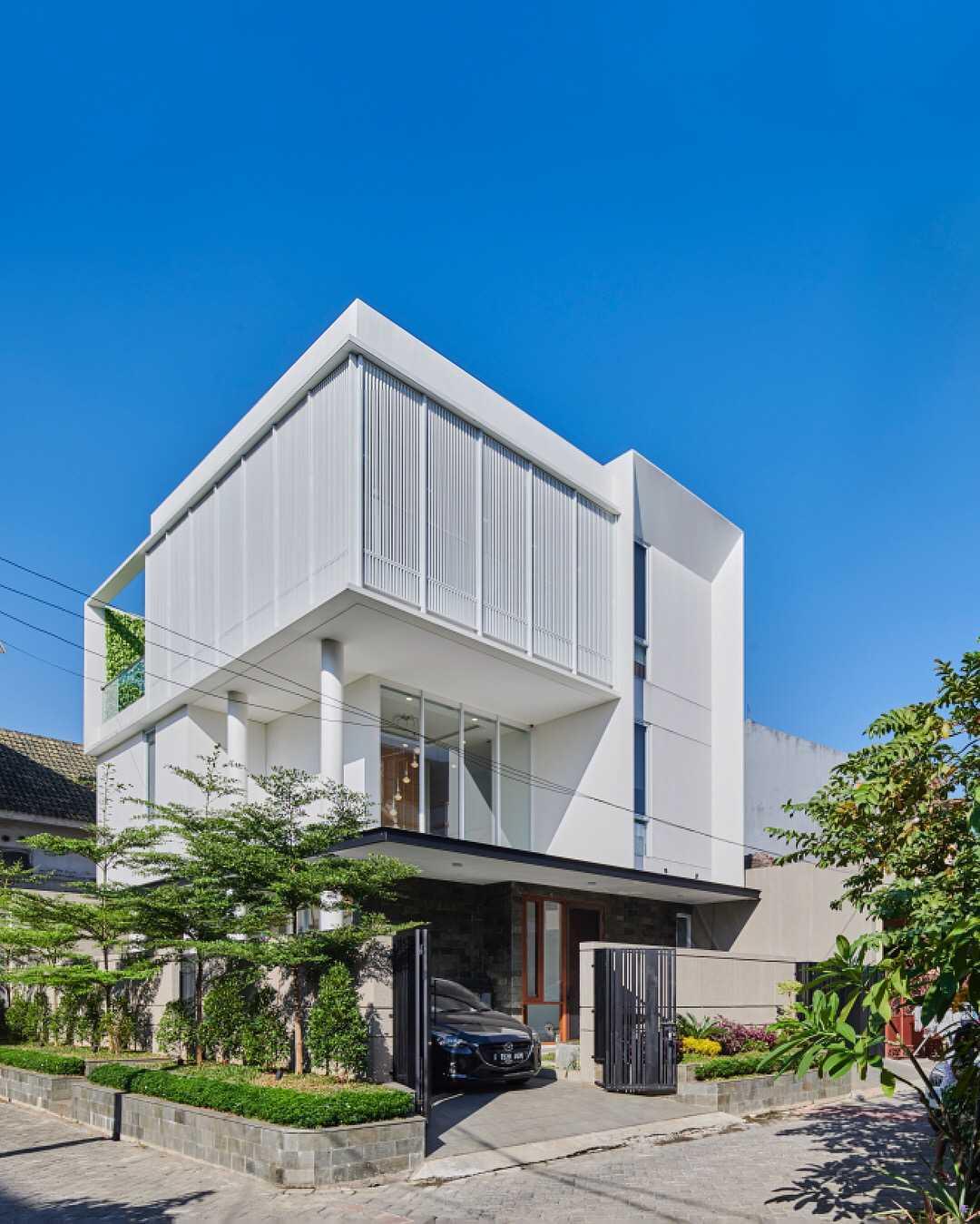 Co Associates B House Jalan Poris Indah, Cipondoh, Rt.1/rw.4, Cipondoh Indah, Tangerang, Cipondoh Indah, Cipondoh, Kota Tangerang, Banten 15122, Indonesia Jalan Poris Indah, Cipondoh, Rt.1/rw.4, Cipondoh Indah, Tangerang, Cipondoh Indah, Cipondoh, Kota Tangerang, Banten 15122, Indonesia Co-Associates-B-House  59082