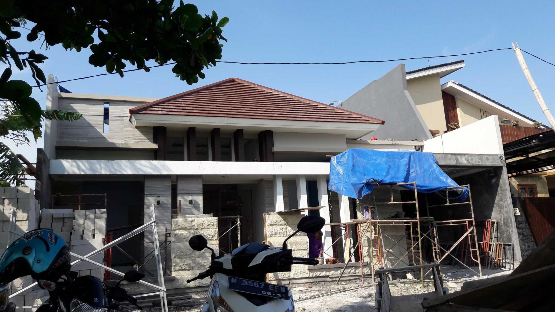 Gradasi Sam House Surabaya, Kota Sby, Jawa Timur, Indonesia Surabaya, Kota Sby, Jawa Timur, Indonesia Gradasi7-Rumah-Bpk-Sam  88990