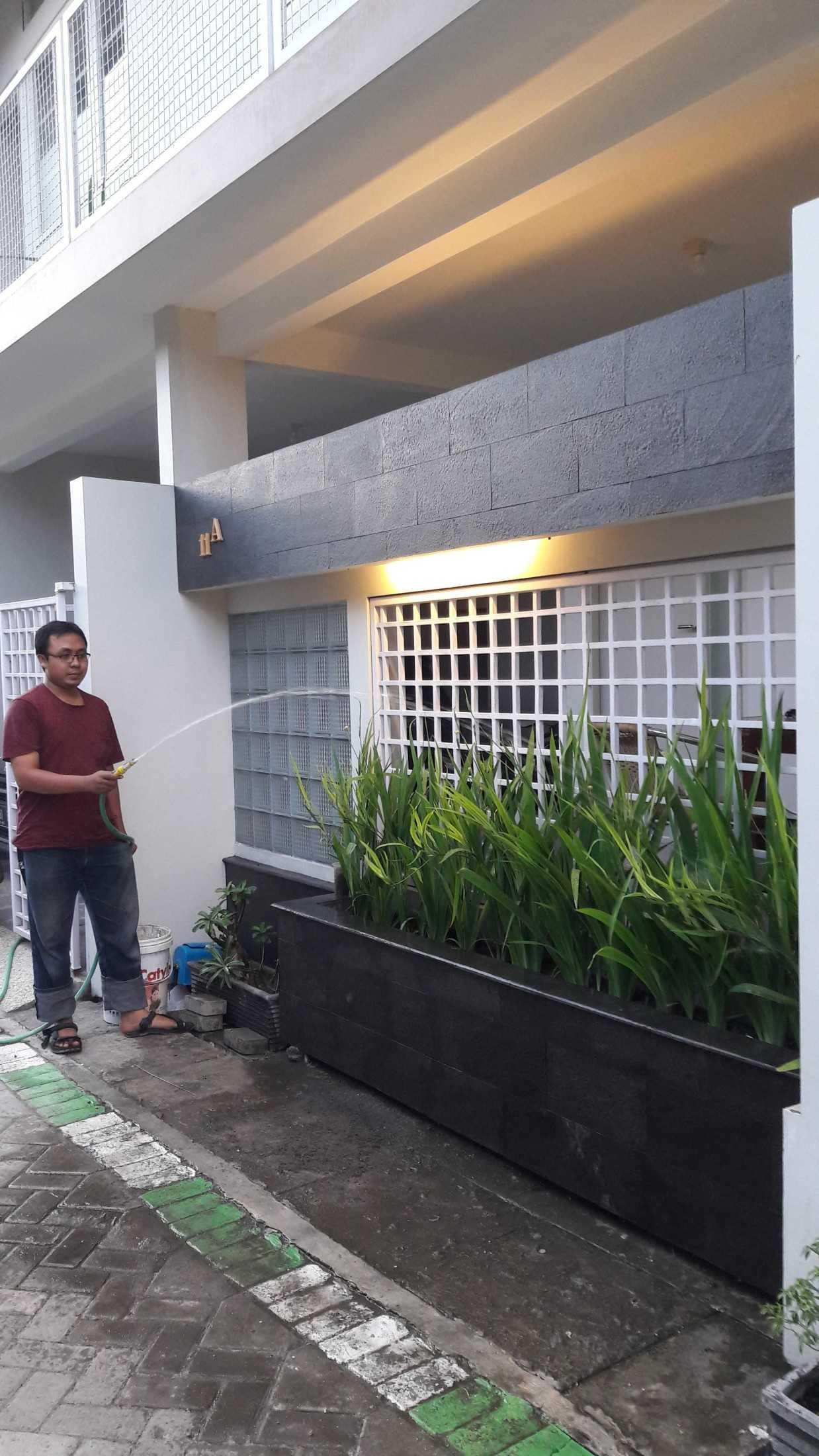 Gradasi Eky House Kebonsari, Kec. Jambangan, Kota Sby, Jawa Timur, Indonesia Kebonsari, Kec. Jambangan, Kota Sby, Jawa Timur, Indonesia Gradasi7-Rumah-Eky  88999