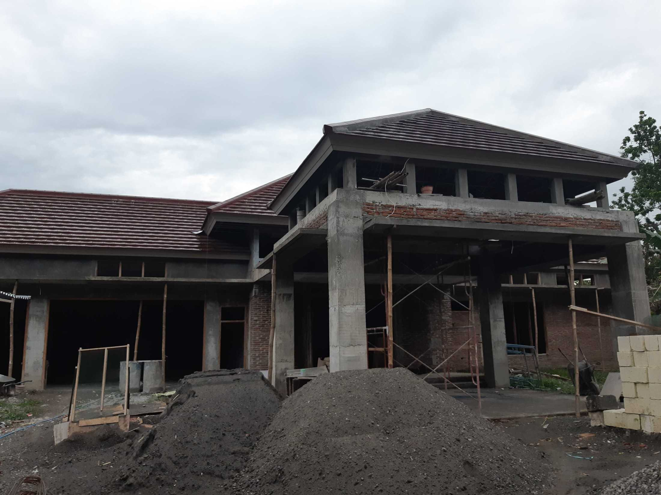 Gradasi Pungky House Mojokerto, Mergelo, Kota Mojokerto, Jawa Timur, Indonesia Mojokerto, Mergelo, Kota Mojokerto, Jawa Timur, Indonesia Gradasi7-Pungky-House  89096