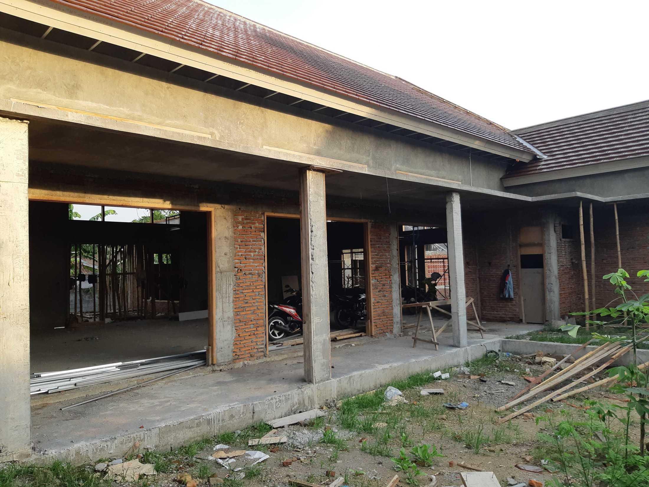 Gradasi Pungky House Mojokerto, Mergelo, Kota Mojokerto, Jawa Timur, Indonesia Mojokerto, Mergelo, Kota Mojokerto, Jawa Timur, Indonesia Gradasi7-Pungky-House  89098