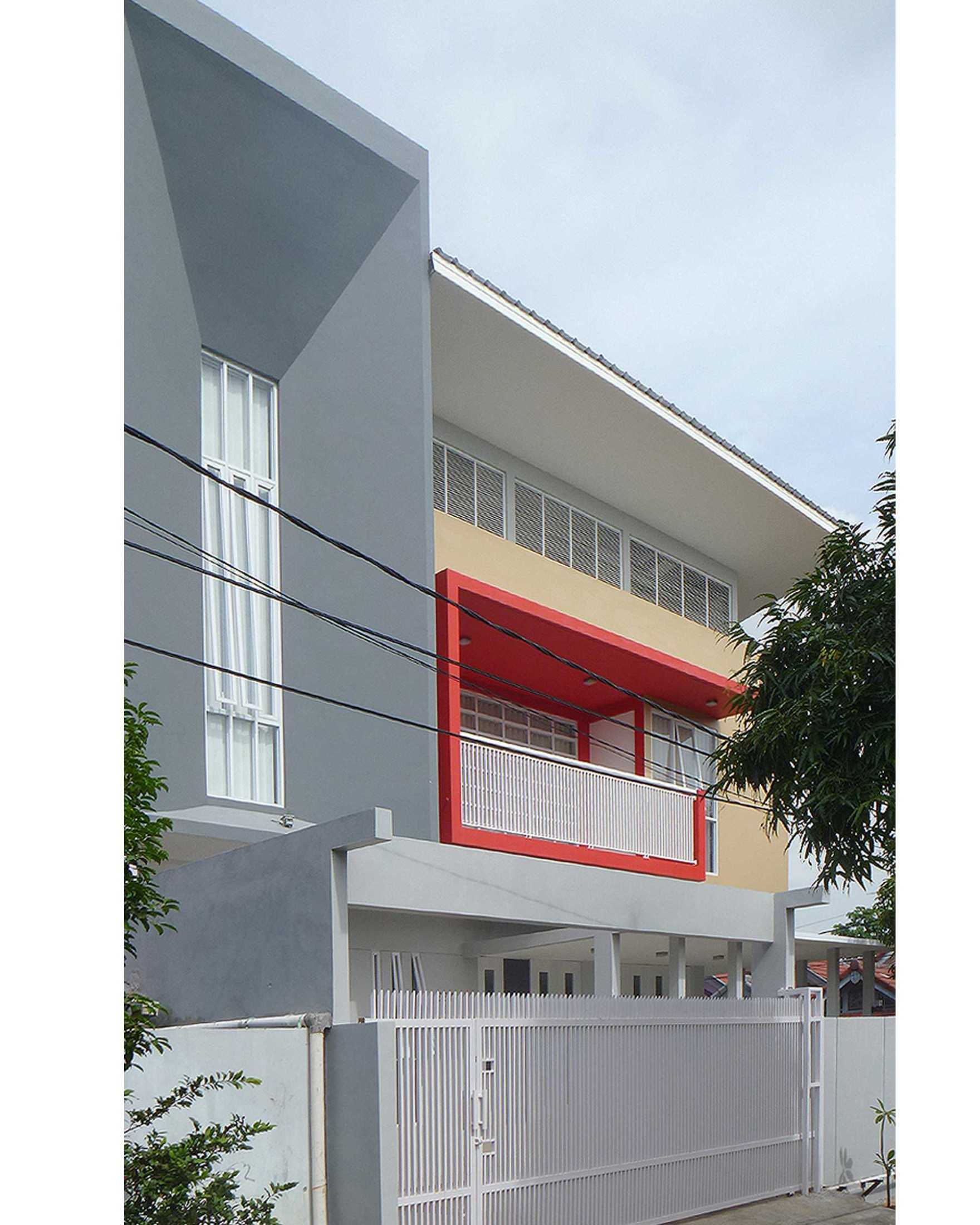 Arsitek Pramudya Rumah Bintara Bintara, Kec. Bekasi Bar., Kota Bks, Jawa Barat, Indonesia Bintara, Kec. Bekasi Bar., Kota Bks, Jawa Barat, Indonesia Arsitek-Pramudya-Rumah-Bintara  96766