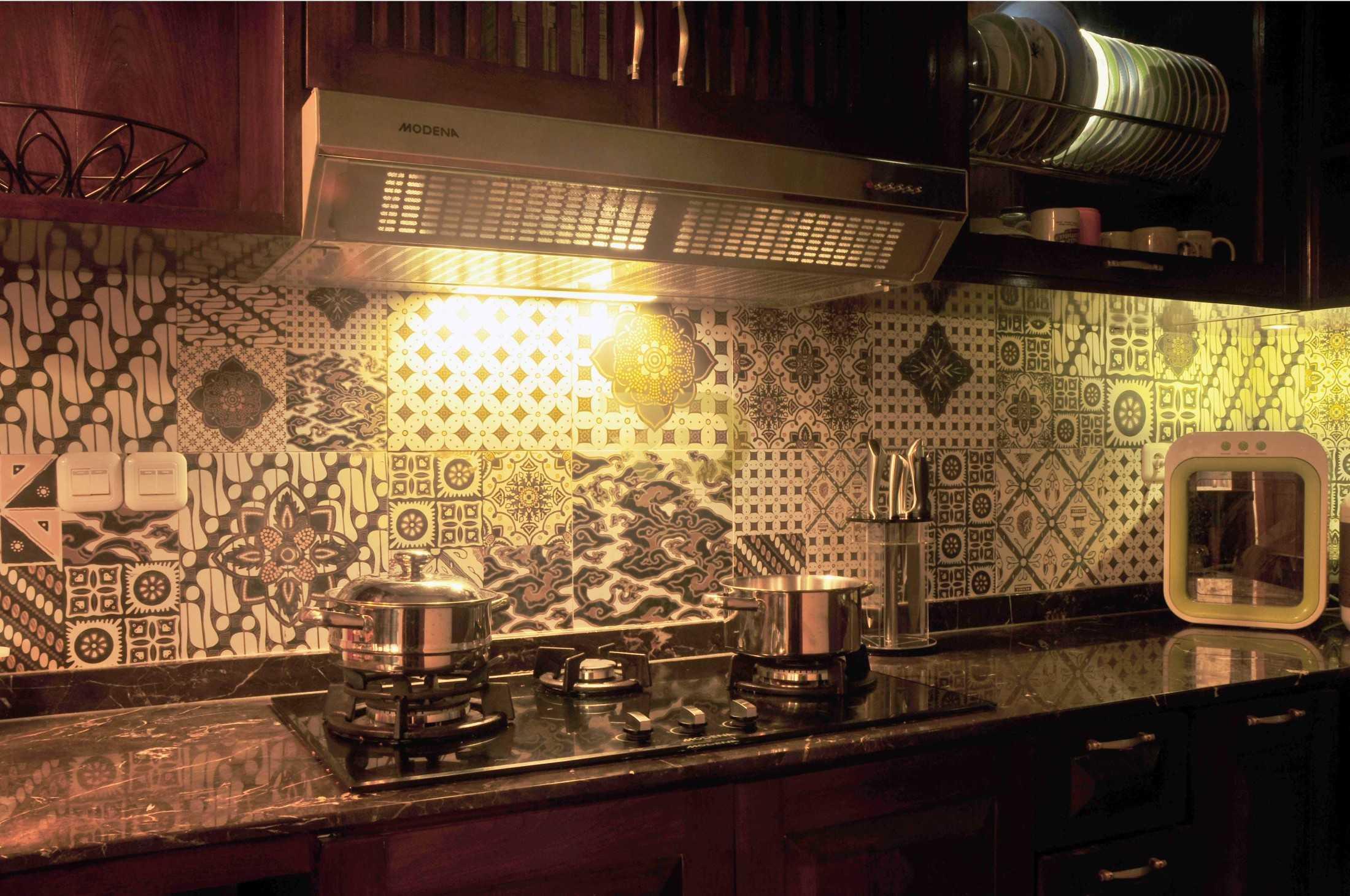 Ruang Desain Solid Wood Kitchen Surabaya, Kota Sby, Jawa Timur, Indonesia Surabaya, Kota Sby, Jawa Timur, Indonesia Ruang-Desain-Solid-Wood-Kitchen  93958