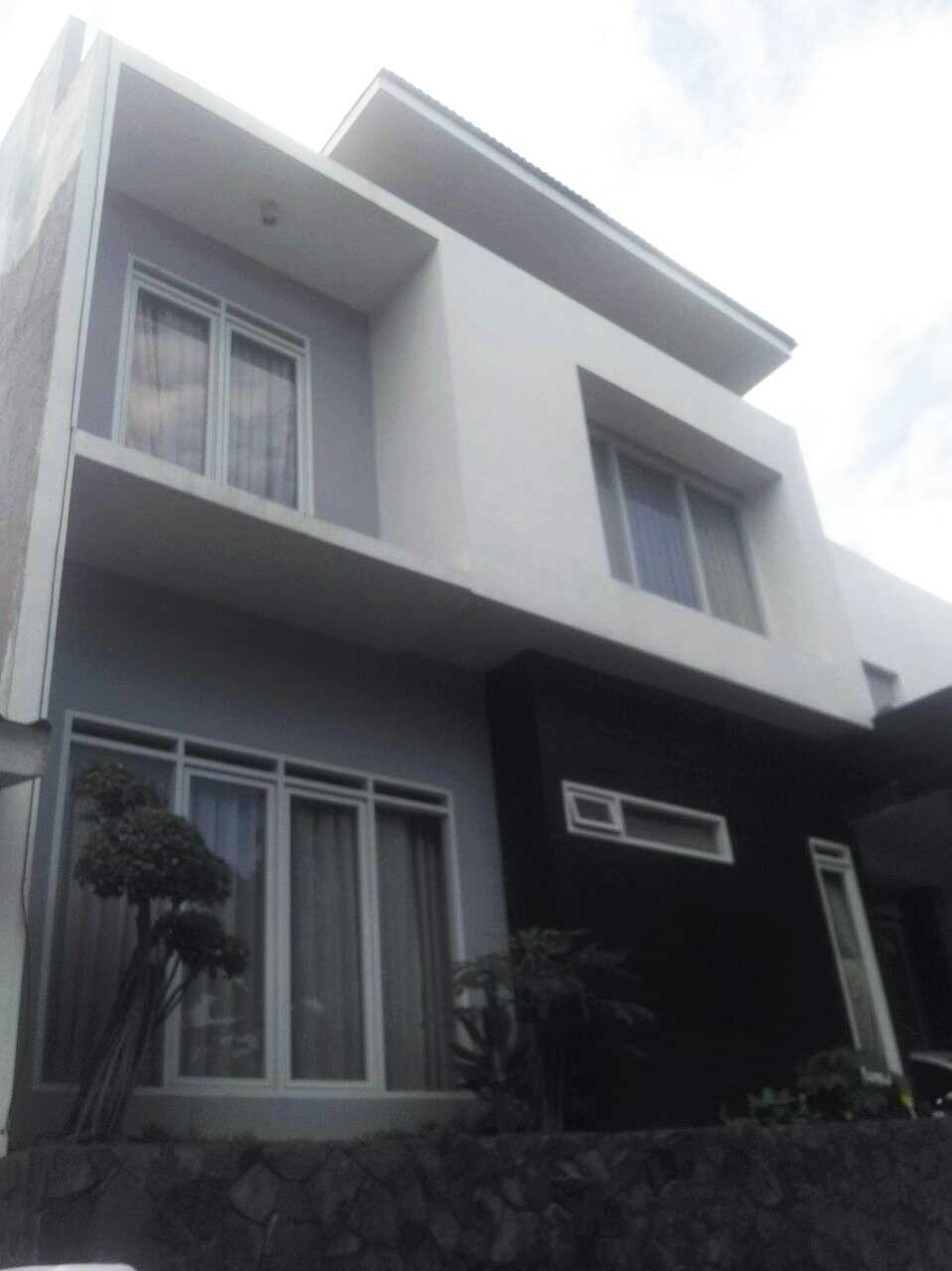 Daun Architect Rumah Tinggal Green Garden View Bandung, Kota Bandung, Jawa Barat, Indonesia Bandung, Kota Bandung, Jawa Barat, Indonesia Daun-Architect-Rumah-Tinggal-Green-Garden-View  64544