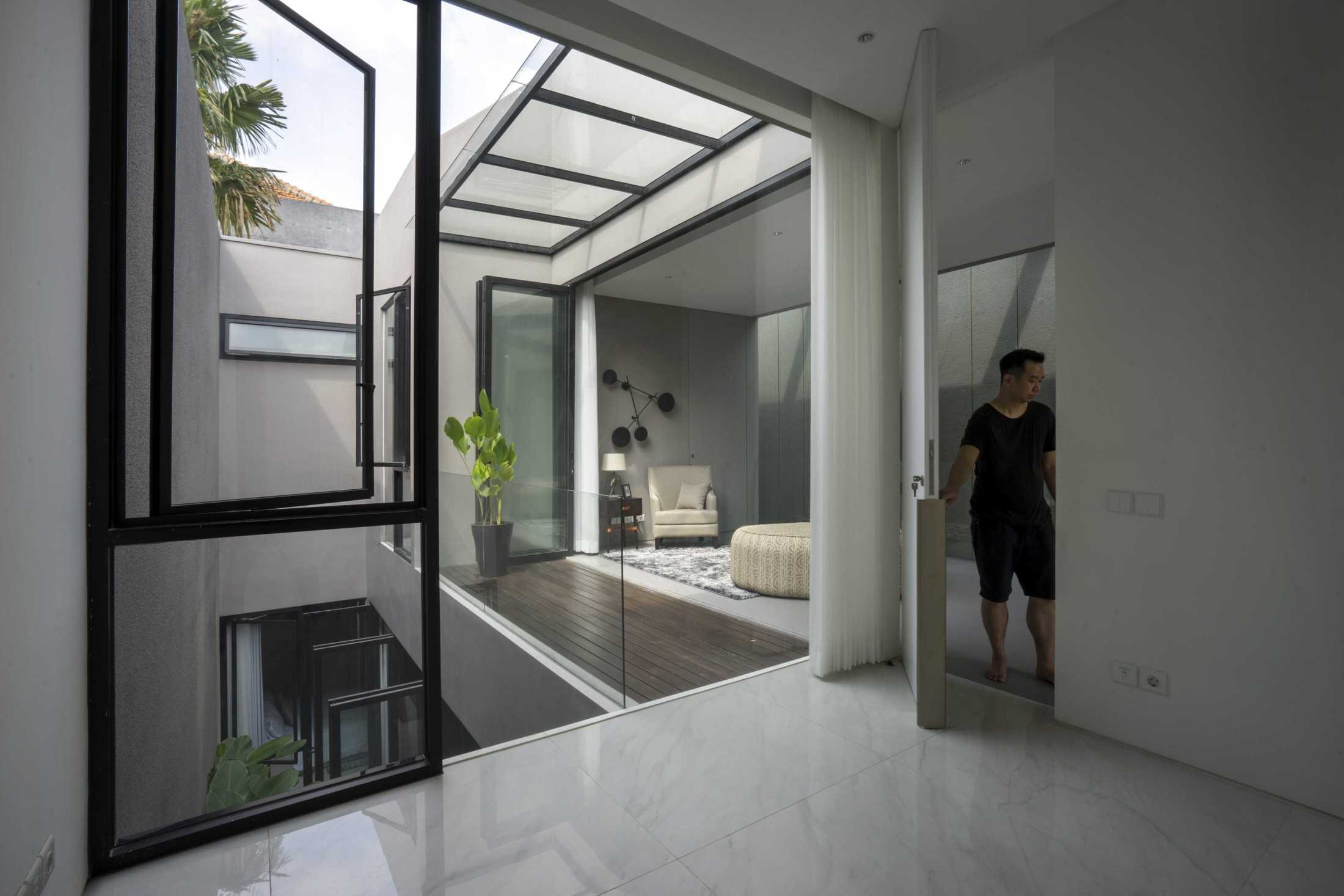 Simple Projects Architecture 'hhh' House Surabaya, Kota Sby, Jawa Timur, Indonesia  Simple-Projects-Architecture-Hhh-House  75030