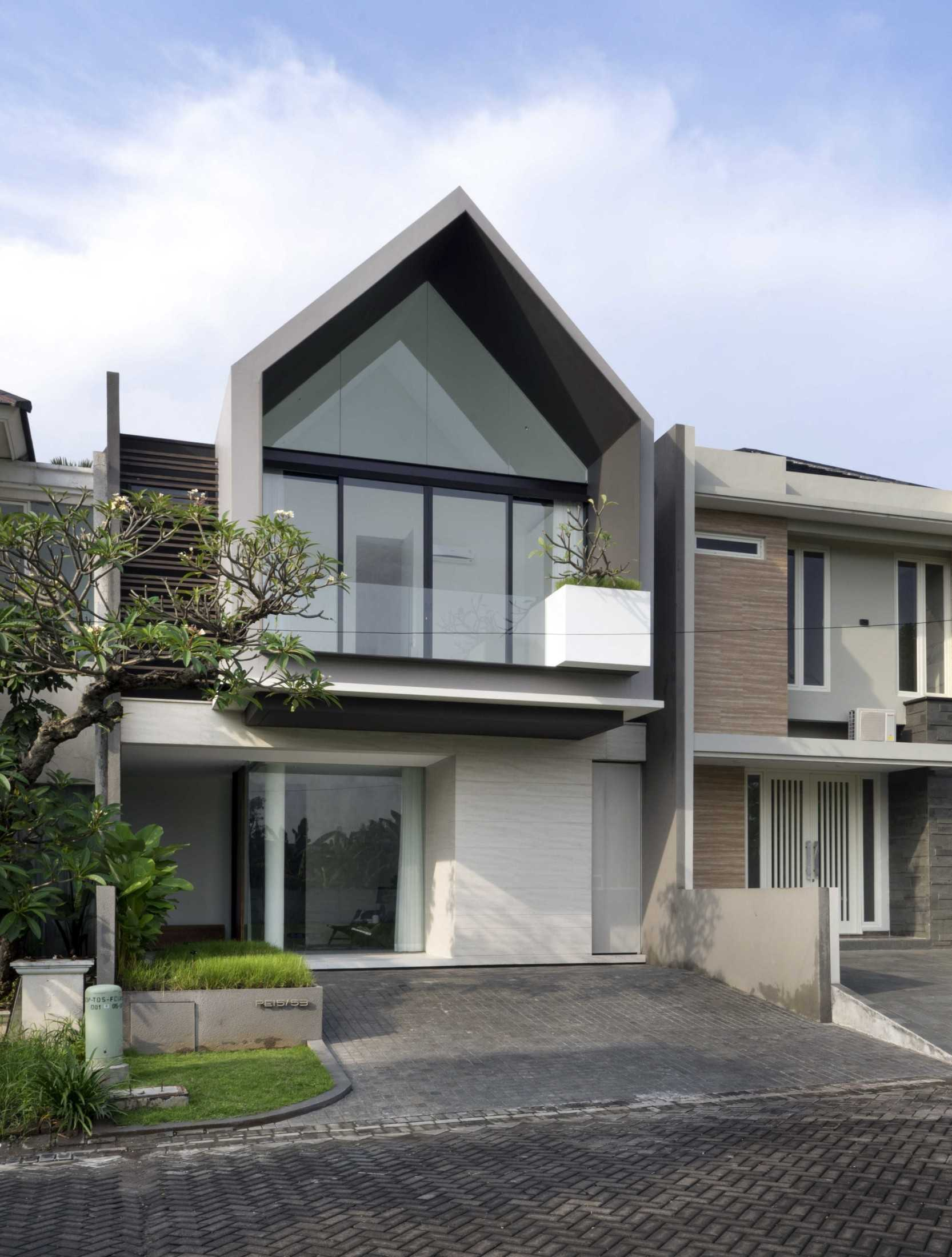 Simple Projects Architecture 'hhh' House Surabaya, Kota Sby, Jawa Timur, Indonesia  Simple-Projects-Architecture-Hhh-House  75048