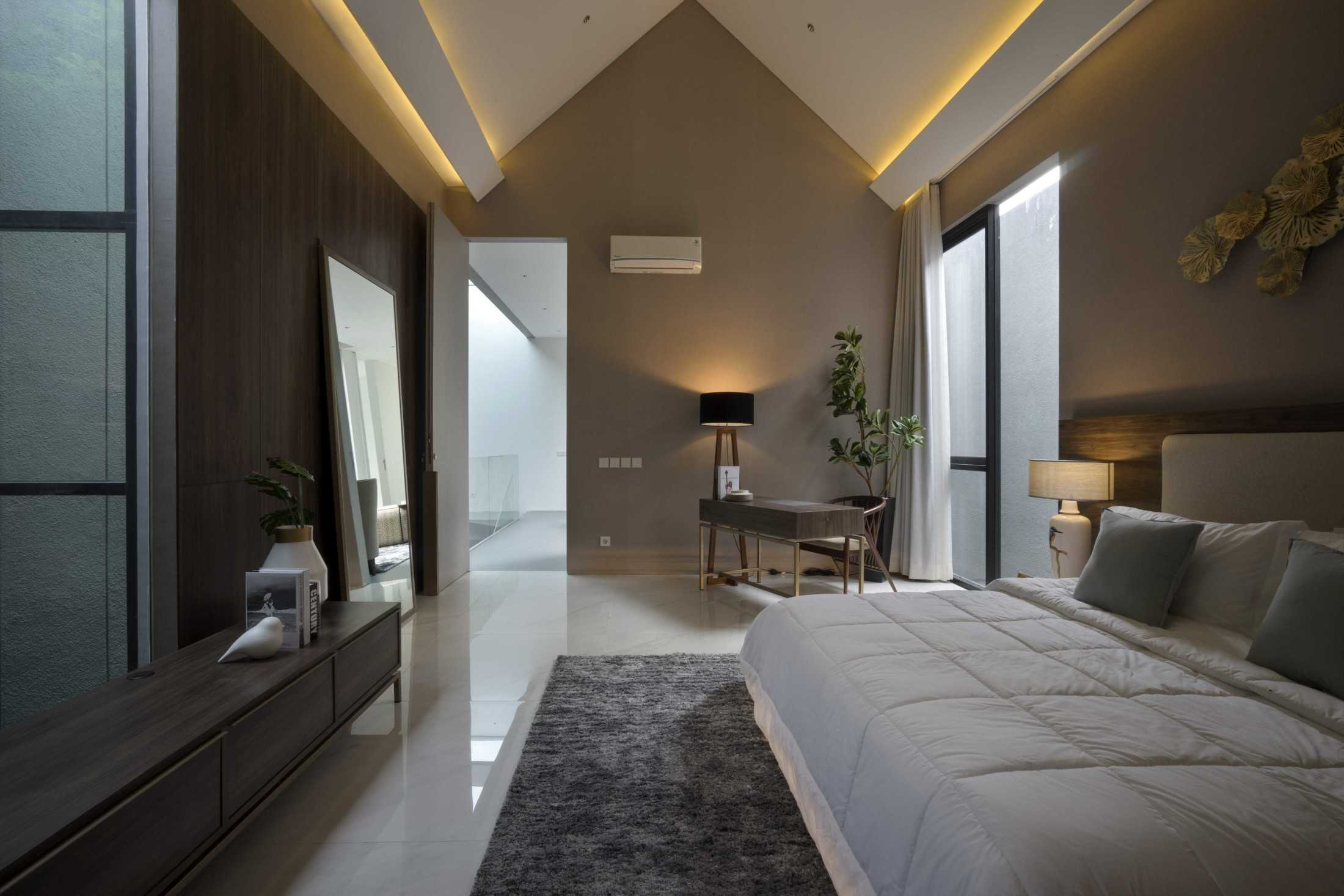 Simple Projects Architecture 'hhh' House Surabaya, Kota Sby, Jawa Timur, Indonesia  Simple-Projects-Architecture-Hhh-House  75076