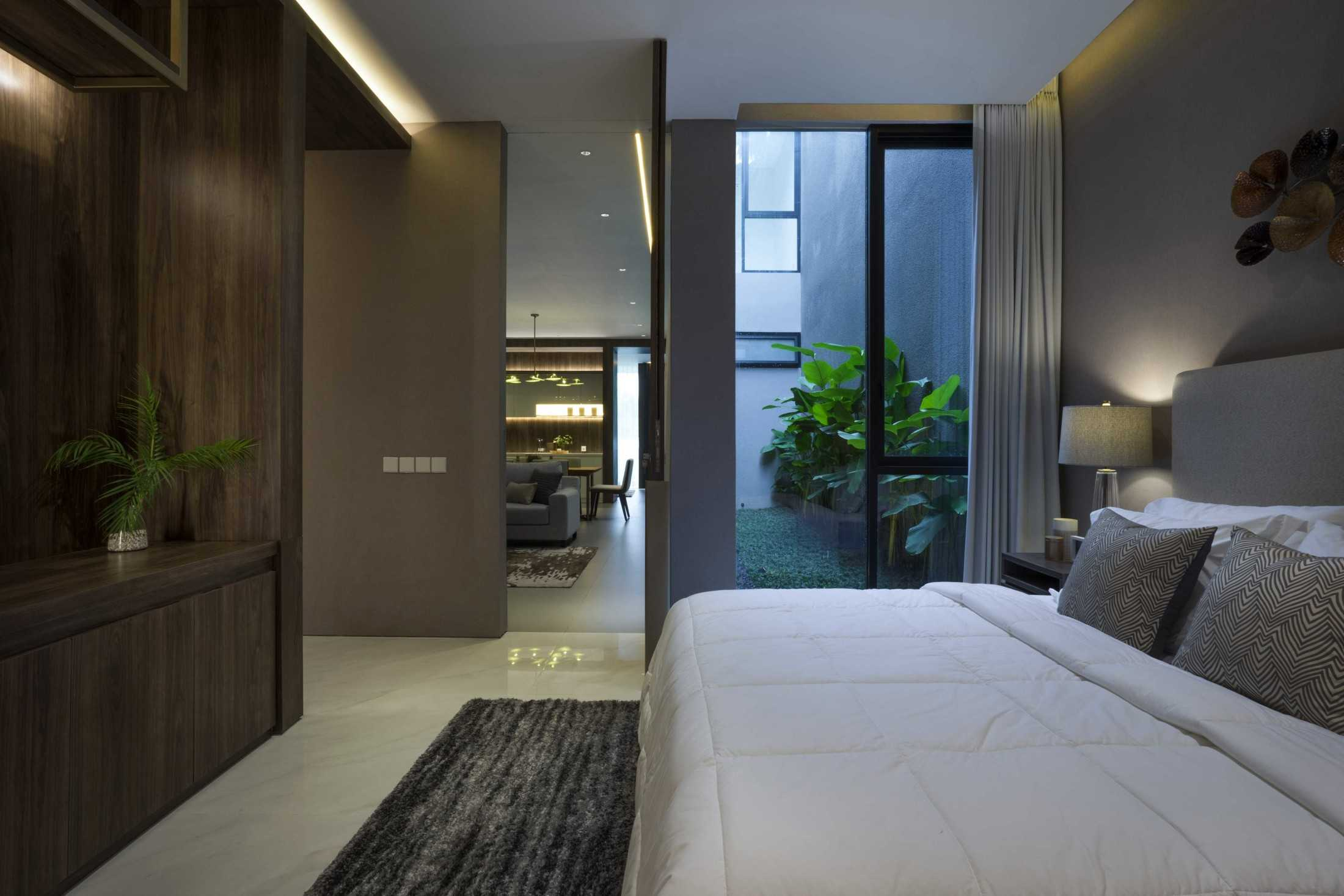 Simple Projects Architecture 'hhh' House Surabaya, Kota Sby, Jawa Timur, Indonesia  Simple-Projects-Architecture-Hhh-House  75084