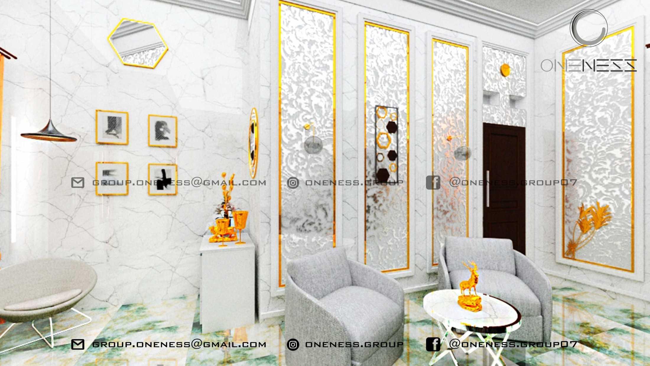 Oneness Group White Gold Classic Interior For Miss A Cirebon, Kota Cirebon, Jawa Barat, Indonesia Cirebon, Kota Cirebon, Jawa Barat, Indonesia Ruang Tamu Contemporary 98635