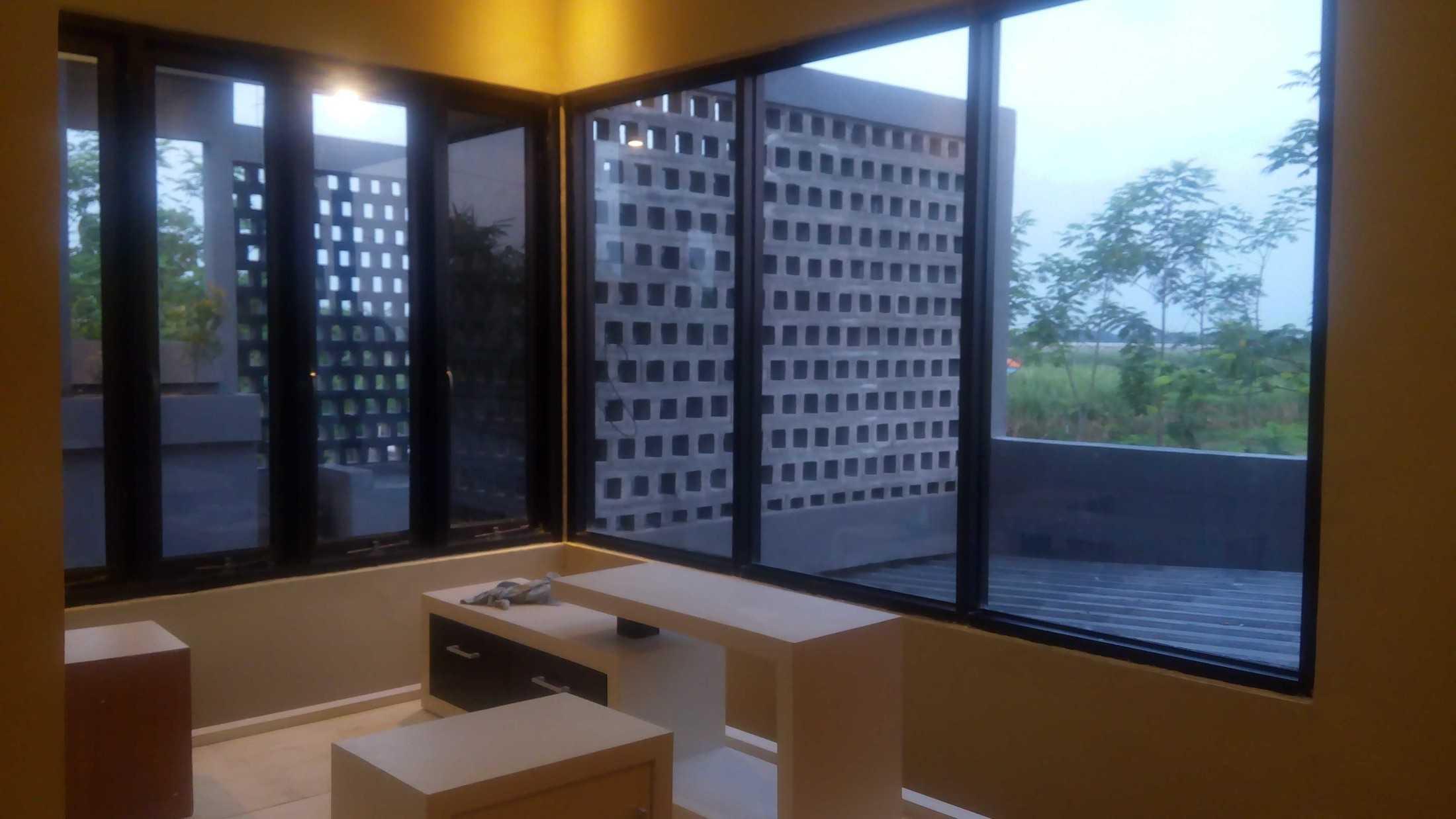 Astabumi Studio Omah Taman Singgah Tegal Tegal, Kota Tegal, Jawa Tengah, Indonesia Tegal, Kota Tegal, Jawa Tengah, Indonesia Astabumi-Architect-Interior-Design-Omah-Taman-Singgah-Tegal  84033