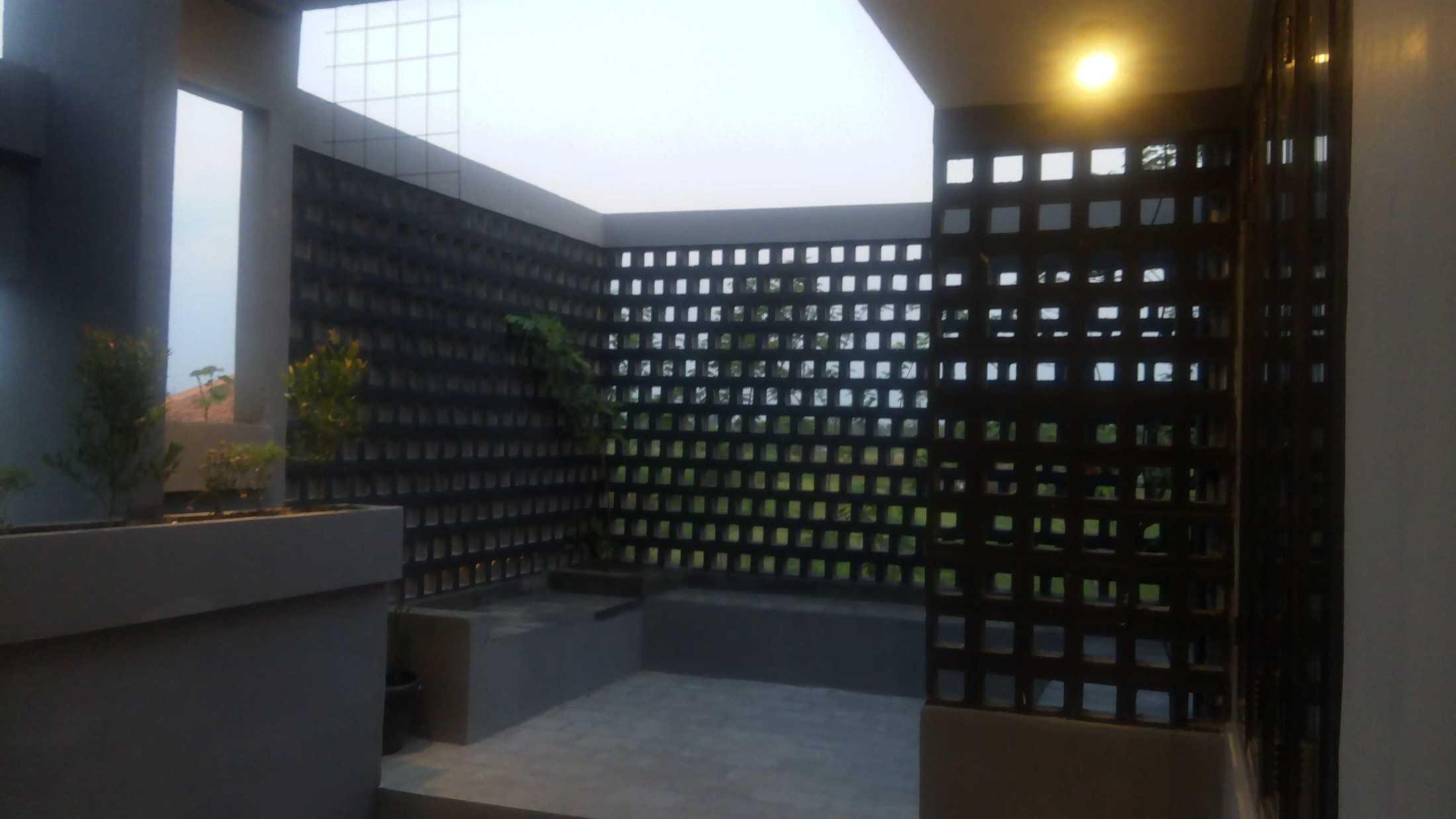 Astabumi Studio Omah Taman Singgah Tegal Tegal, Kota Tegal, Jawa Tengah, Indonesia Tegal, Kota Tegal, Jawa Tengah, Indonesia Astabumi-Architect-Interior-Design-Omah-Taman-Singgah-Tegal  84034