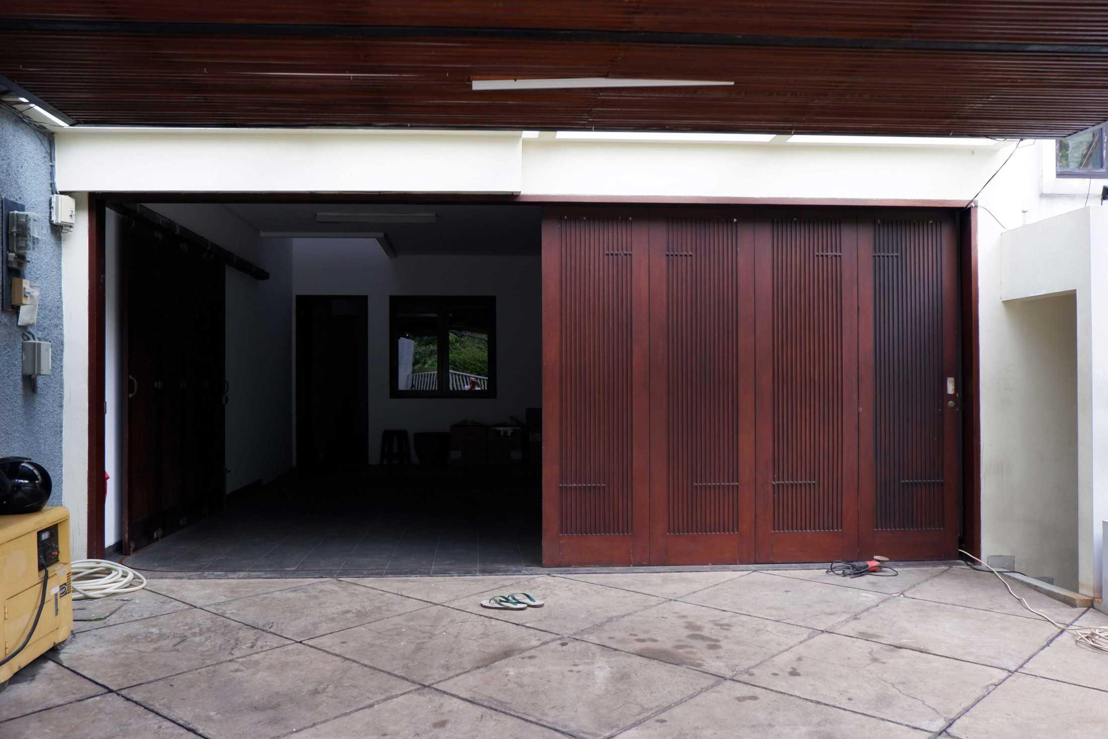 Lokative Studio Renovasi Rumah Cempaka Jakarta, Daerah Khusus Ibukota Jakarta, Indonesia Jakarta, Daerah Khusus Ibukota Jakarta, Indonesia Lokative-Studio-Renovasi-Rumah-Cempaka  97468