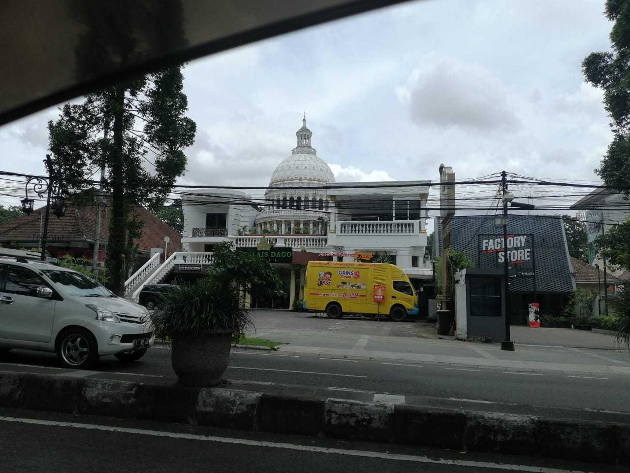 Ear Sitek The Palais Hotel Dago, Kecamatan Coblong, Kota Bandung, Jawa Barat, Indonesia Dago, Kecamatan Coblong, Kota Bandung, Jawa Barat, Indonesia Ear-Sitek-The-Palais-Hotel  127397