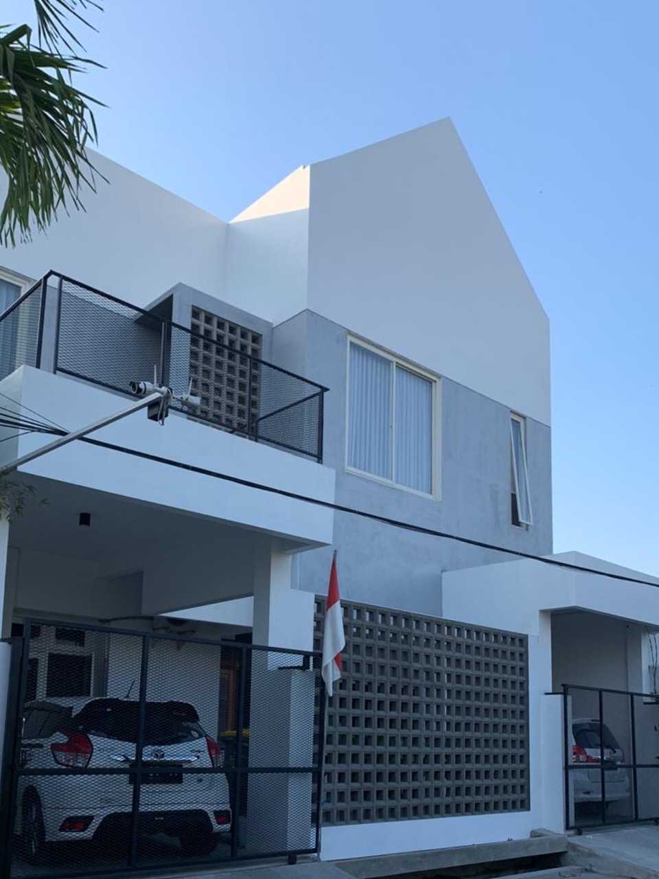 D4 Maison 33 Sidoarjo, Kec. Sidoarjo, Kabupaten Sidoarjo, Jawa Timur, Indonesia Sidoarjo, Kec. Sidoarjo, Kabupaten Sidoarjo, Jawa Timur, Indonesia D4-Maison-33  109364