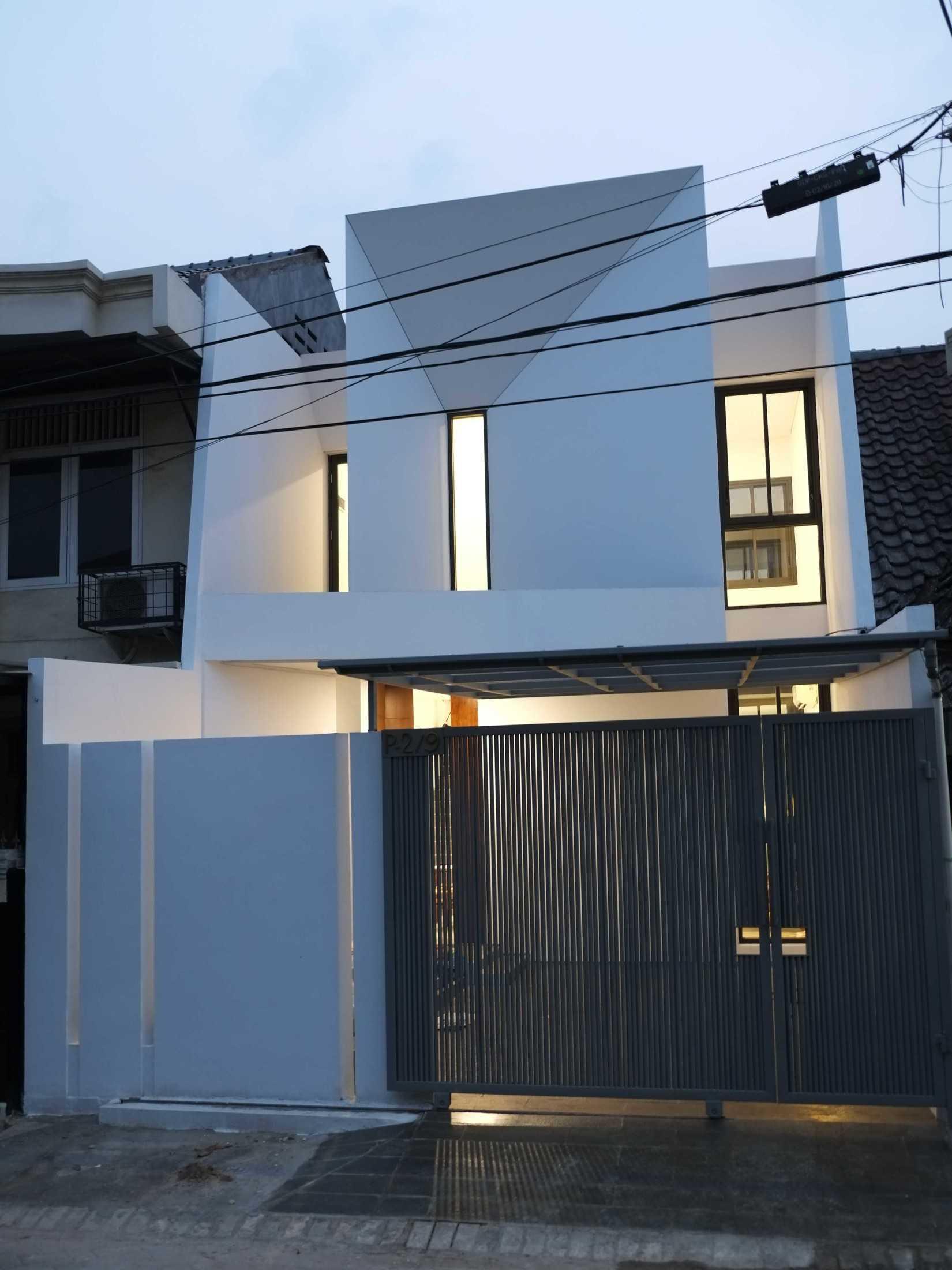 "Pt. Modula ""tiga"" House Jakarta Jakarta Pt-Modula-Tiga-House  61523"