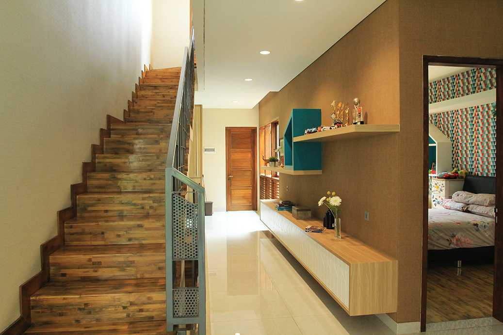 Imron Yusuf-Ifd Architects Solid Void House Bekasi Bar., Kota Bks, Jawa Barat, Indonesia Bekasi Bar., Kota Bks, Jawa Barat, Indonesia Imron-Yusuf-Ifd-Architects-Solid-Void-House  58310