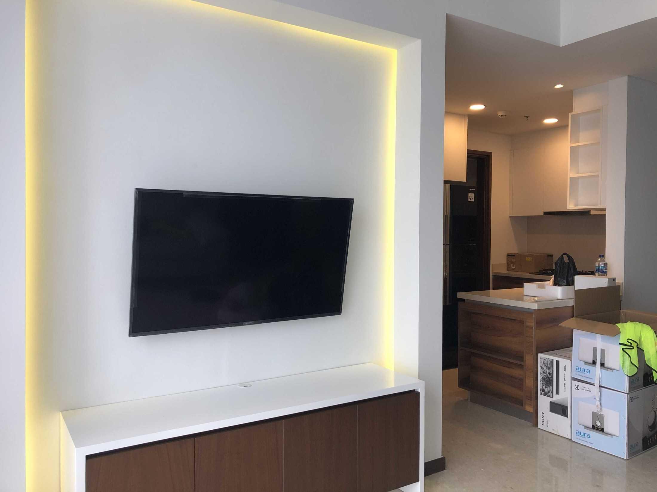 Loop Design/production Wv Apartment Sampora, Kec. Cisauk, Tangerang, Banten 15345, Indonesia Sampora, Kec. Cisauk, Tangerang, Banten 15345, Indonesia Loop-Design-Production-Mrmrs-William-Apartment  120627