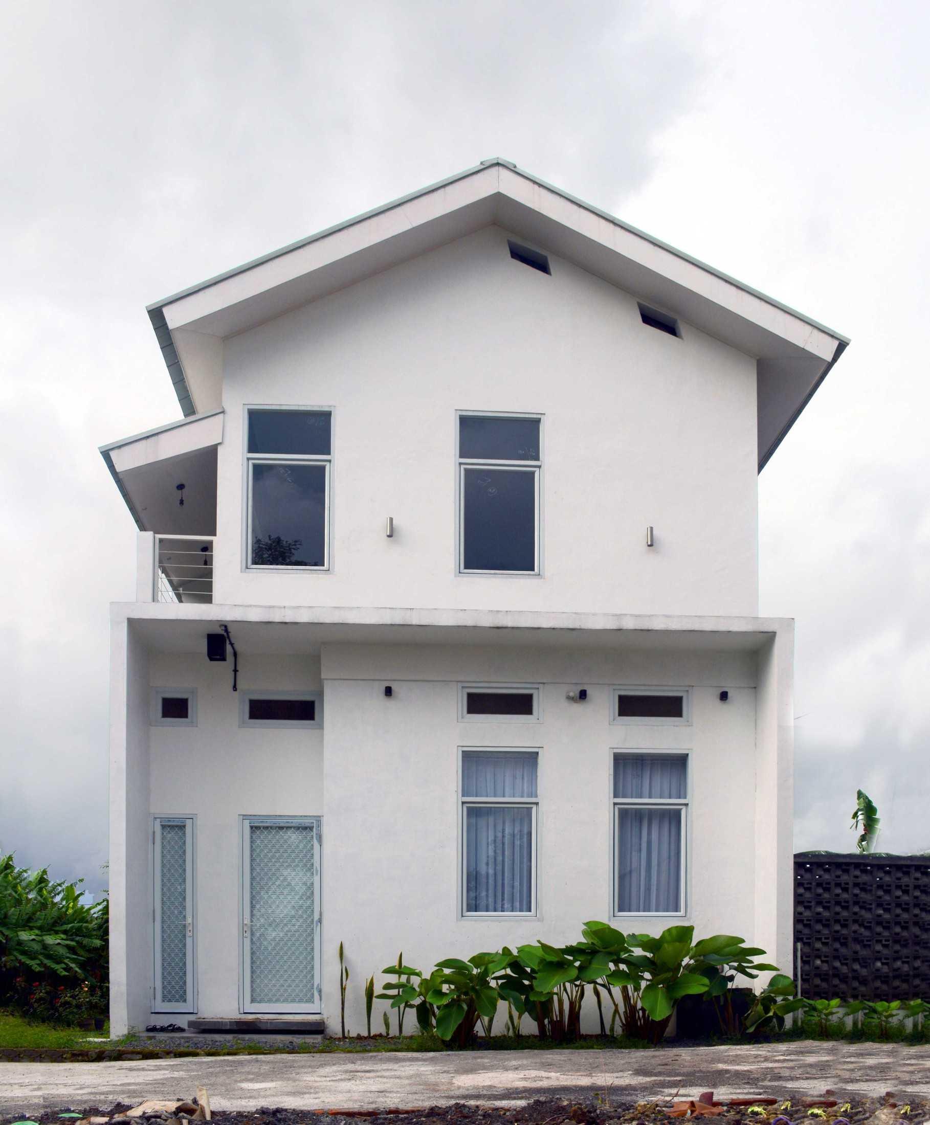 Gfs Architect T&d House Semarang, Jawa Tengah, Indonesia Semarang, Jawa Tengah, Indonesia Gigih-F-Saputro-Td-House  111972