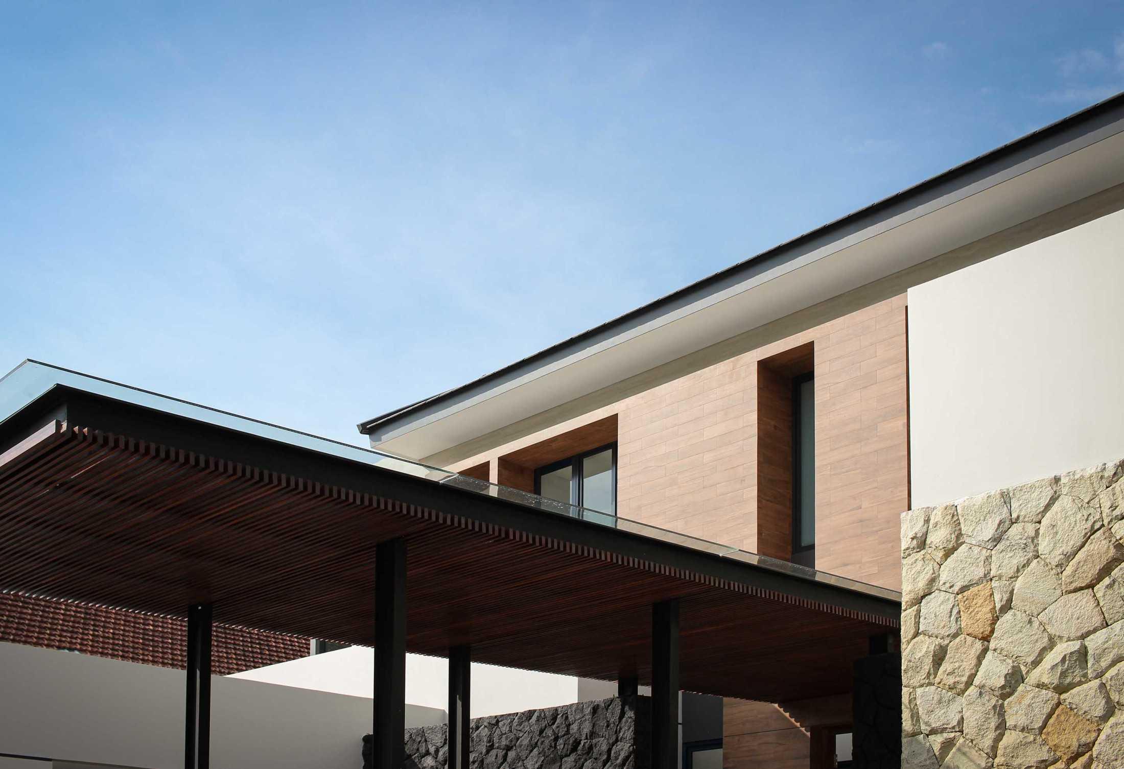 Y0 Design Architect S House Kec. Srono, Kabupaten Banyuwangi, Jawa Timur, Indonesia Kec. Srono, Kabupaten Banyuwangi, Jawa Timur, Indonesia Yohanes-Iswara-Limandjaya-S-House  121091