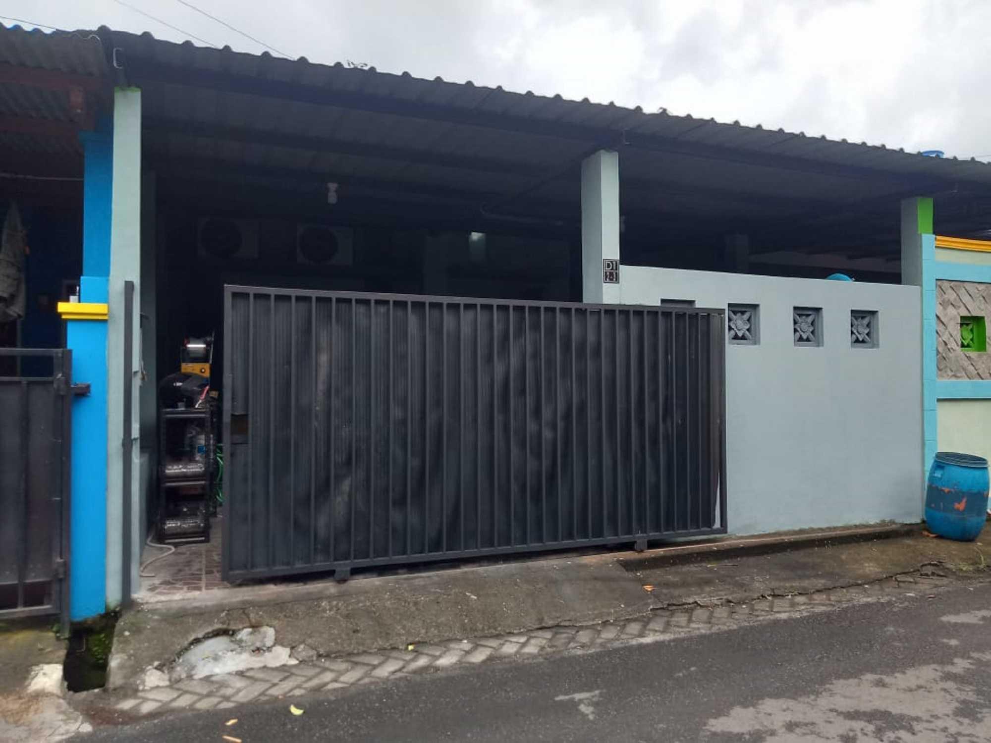 Rekoo Indonesia Repaint Rumah Semarang, Kota Semarang, Jawa Tengah, Indonesia Semarang, Kota Semarang, Jawa Tengah, Indonesia Rekoo-Indonesia-Repaint-Rumah  133258