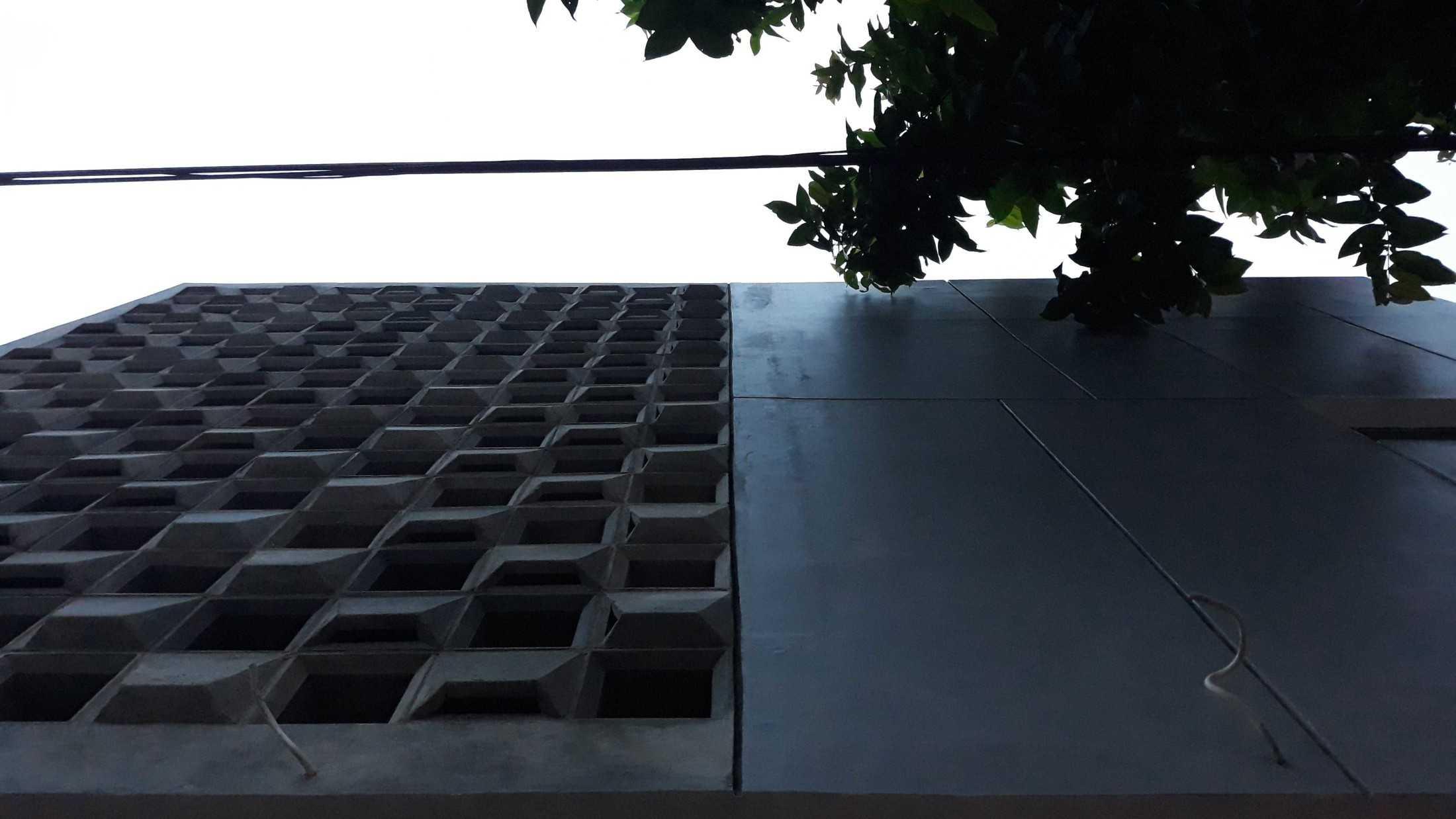 Aldesign Bl House A.k.a Balkon Roster Kecamatan Beji, Kota Depok, Jawa Barat, Indonesia Kecamatan Beji, Kota Depok, Jawa Barat, Indonesia Aldesign-Bl-House-Aka-Balkon-Roster  79742
