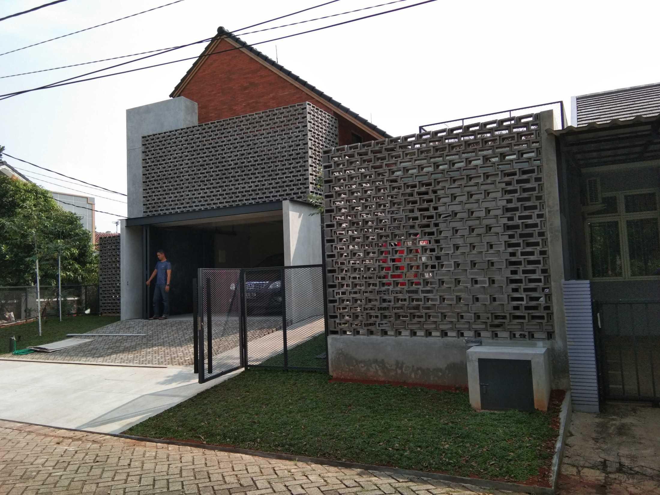 Slamet Kontraktor Rumah Tinggal Eth Kec. Karawaci, Kota Tangerang, Banten, Indonesia Kec. Karawaci, Kota Tangerang, Banten, Indonesia Slamet-Kontraktor-Rumah-Tinggal-Eth  128767