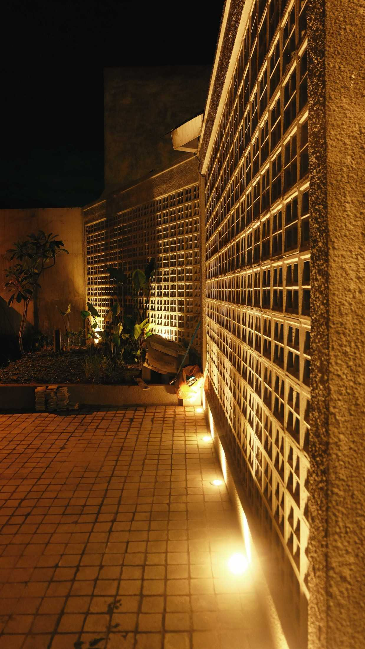 Birka Loci Fa House Surabaya, Kota Sby, Jawa Timur, Indonesia Surabaya, Kota Sby, Jawa Timur, Indonesia Aditya-Wiratama-Architect-Fa-House  89207