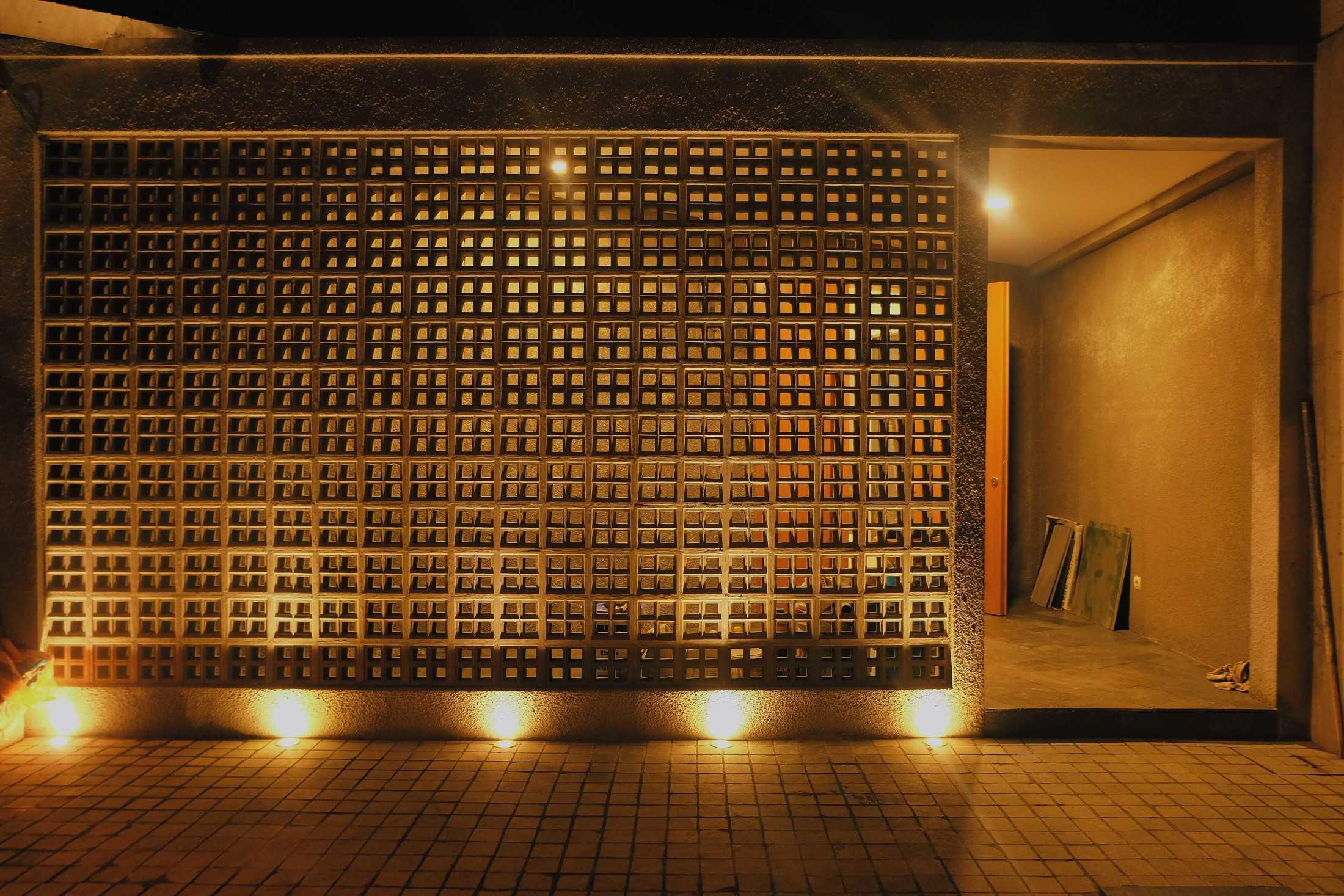 Birka Loci Fa House Surabaya, Kota Sby, Jawa Timur, Indonesia Surabaya, Kota Sby, Jawa Timur, Indonesia Aditya-Wiratama-Architect-Fa-House  89208