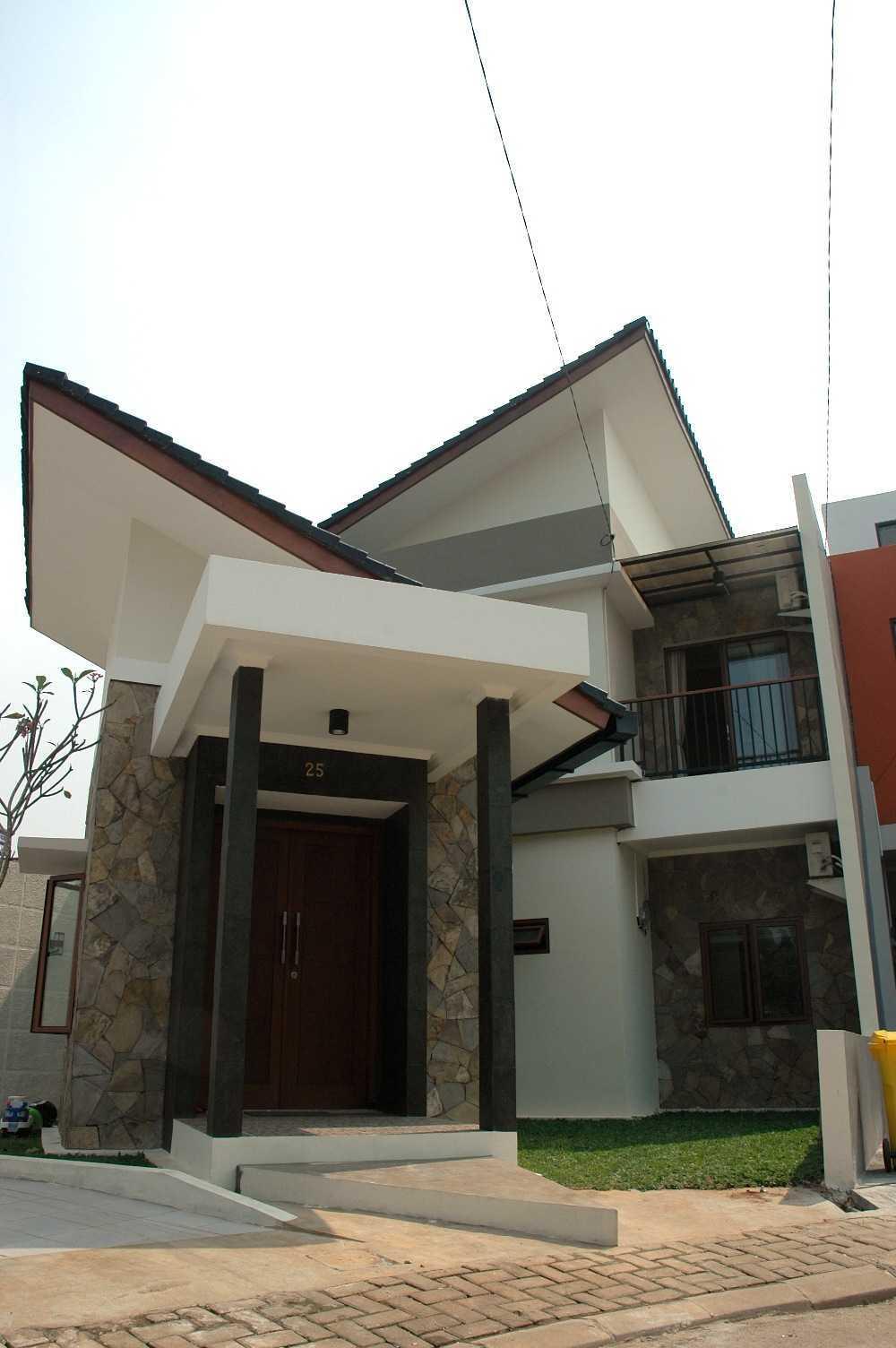 Triplus Homes Es House Rempoa, Ciputat Tim., Kota Tangerang Selatan, Banten, Indonesia Rempoa, Ciputat Tim., Kota Tangerang Selatan, Banten, Indonesia Triplus-Homes-Es-House  56611