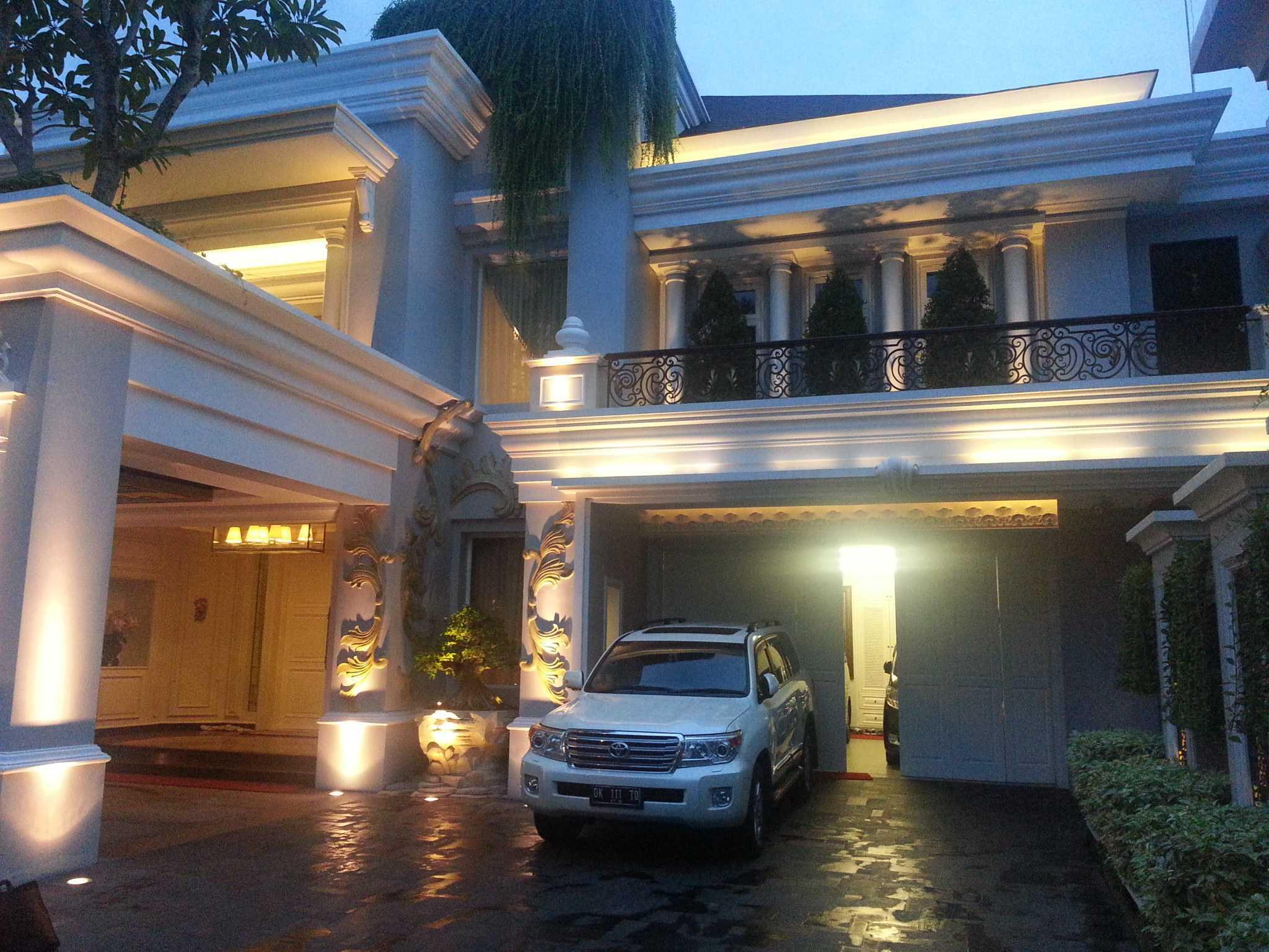A N J A R S I T E K Classical House - Renon / Denpasar - Bali Renon, South Denpasar, Denpasar City, Bali, Indonesia Renon, South Denpasar, Denpasar City, Bali, Indonesia A-N-J-A-R-S-I-T-E-K-Classic-House-Renon-Bali  103449