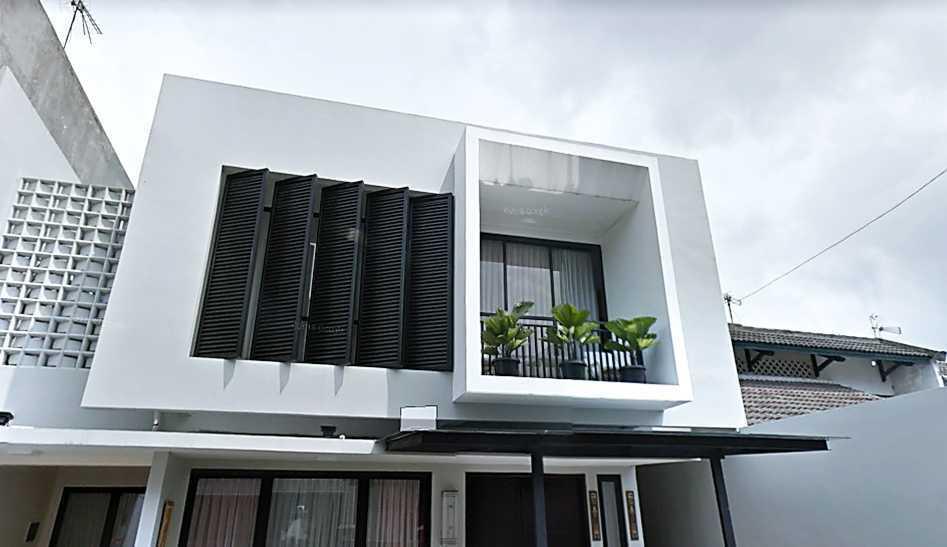 Limasaka Studio Madja House Kota Tangerang Selatan, Banten, Indonesia Kota Tangerang Selatan, Banten, Indonesia Limasaka-Studio-Madja-House  62487