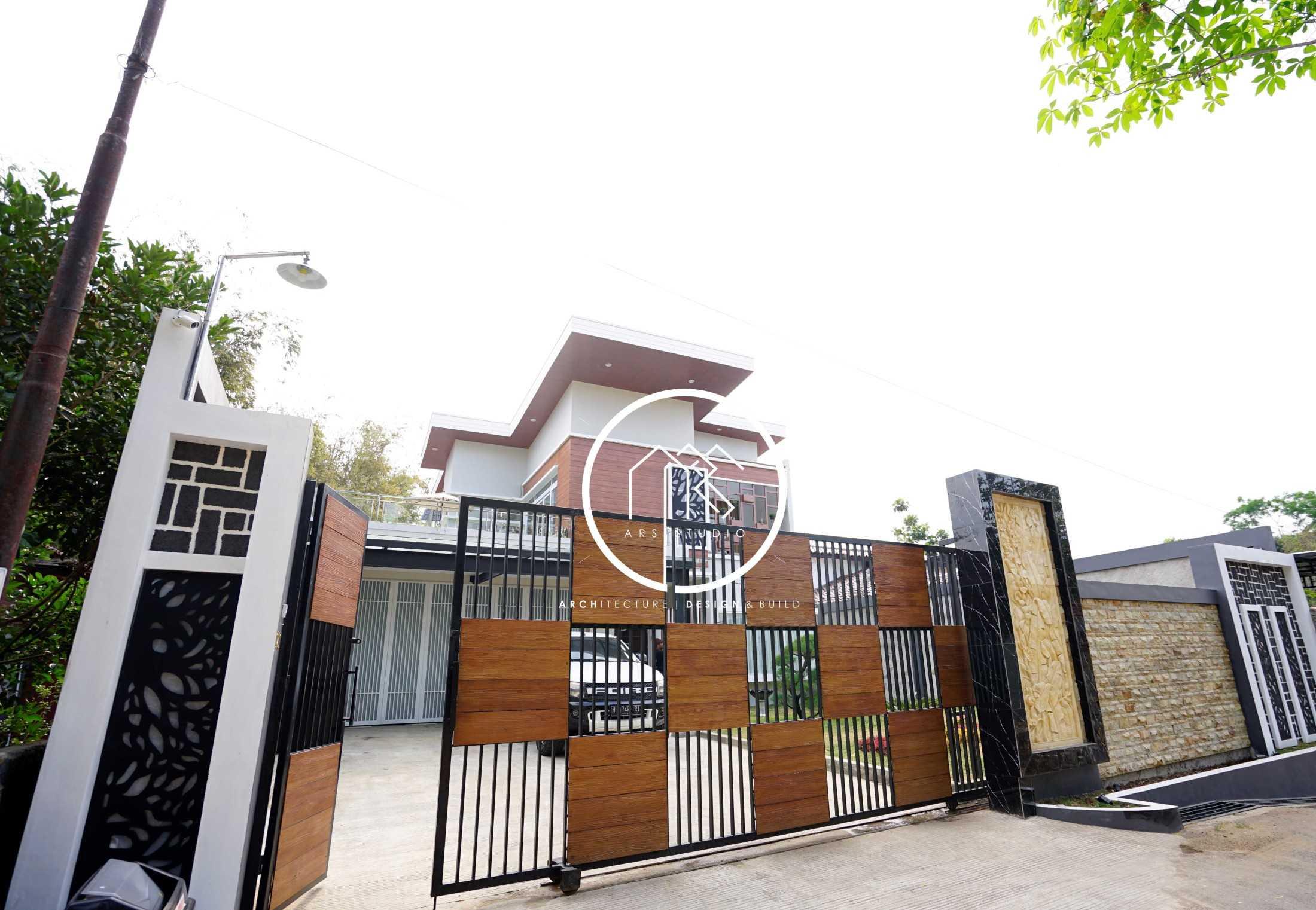 Ars Studio Yh House Salatiga, Kota Salatiga, Jawa Tengah, Indonesia Salatiga, Kota Salatiga, Jawa Tengah, Indonesia Ars-Studio-Cm-House  72216