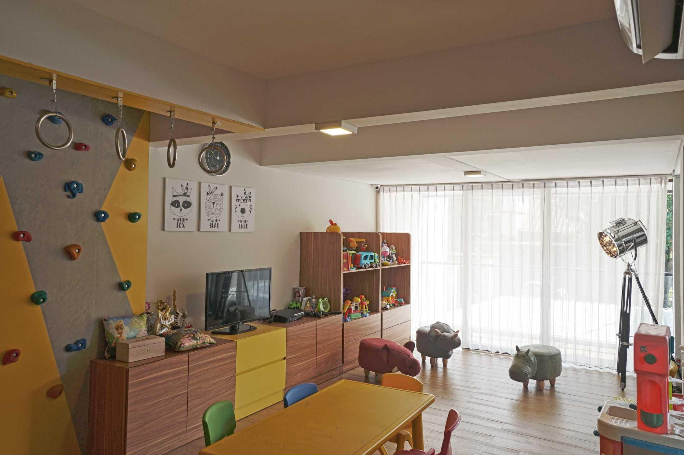 Rendic Ho Dw House Surabaya, Kota Sby, Jawa Timur, Indonesia Surabaya, Kota Sby, Jawa Timur, Indonesia Rendic-Ho-Dw-House  107069