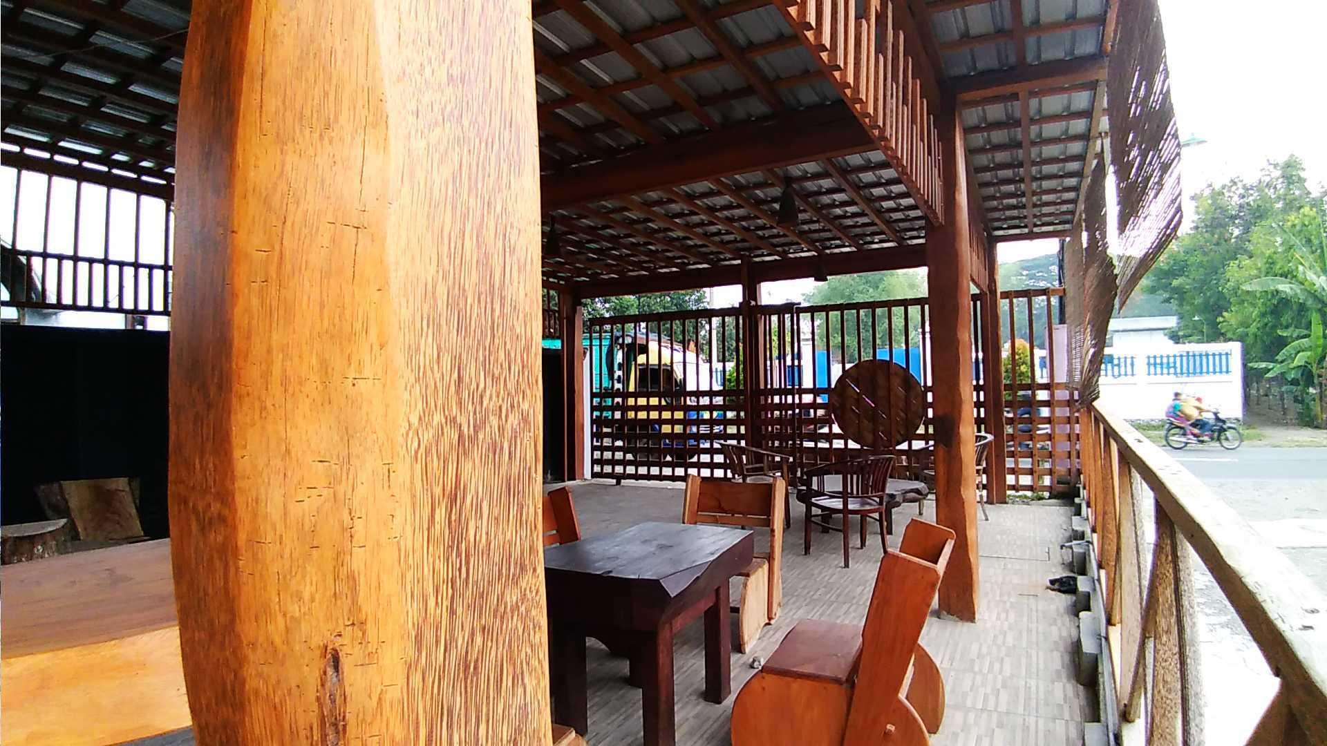 Epicnesia Architect Warung Mbok Ti Malang, Jawa Timur, Indonesia Kediri, Jawa Timur, Indonesia Aditya-Yuni-Prasetya-Bakso-Tiga-Berlian  64302