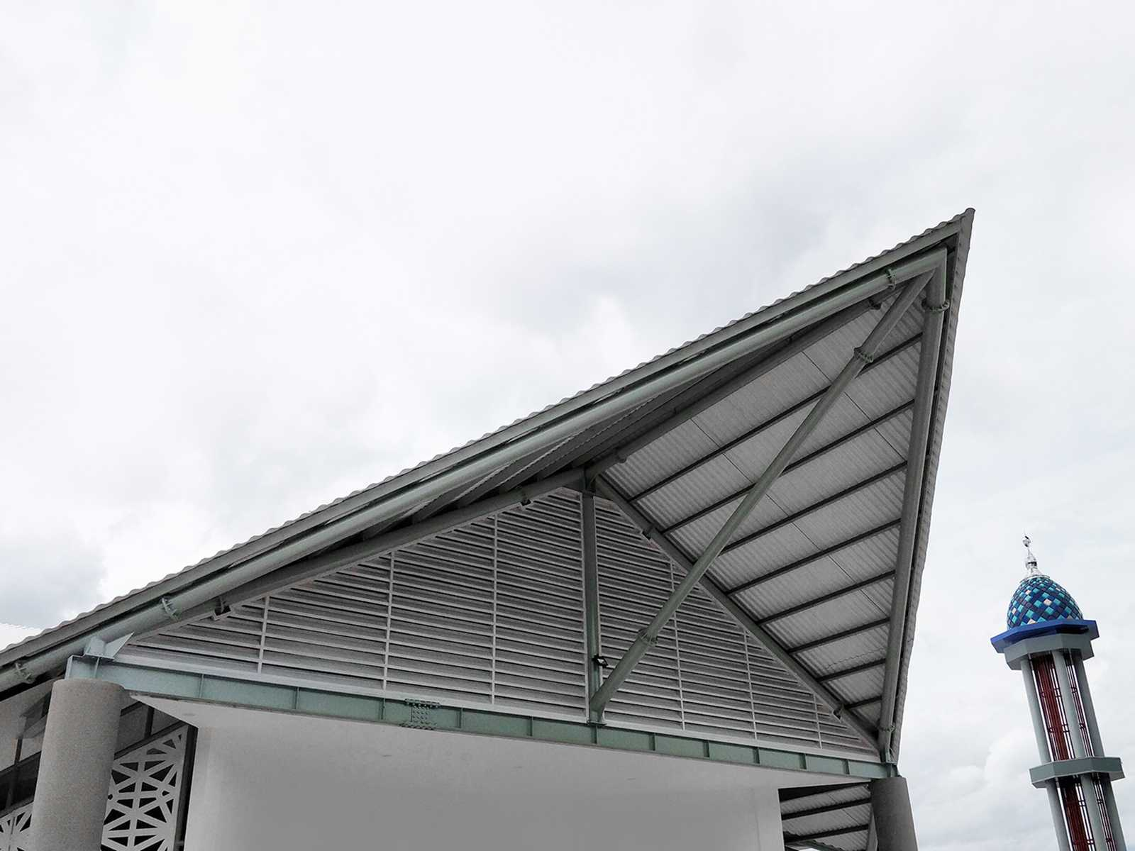 Bramasta Redy Masjid Apung Amahami Bima, Nusa Tenggara Bar., Indonesia Bima, Nusa Tenggara Bar., Indonesia Atap  65767
