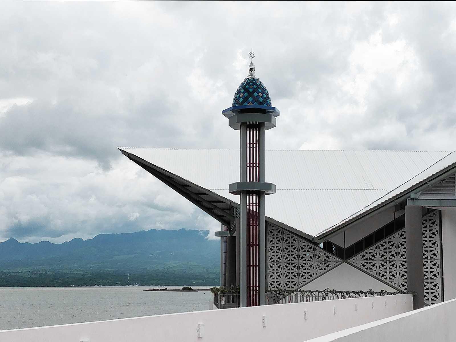 Bramasta Redy Masjid Apung Amahami Bima, Nusa Tenggara Bar., Indonesia Bima, Nusa Tenggara Bar., Indonesia Bramasta-Redy-Masjid-Apung-Amahami  65770